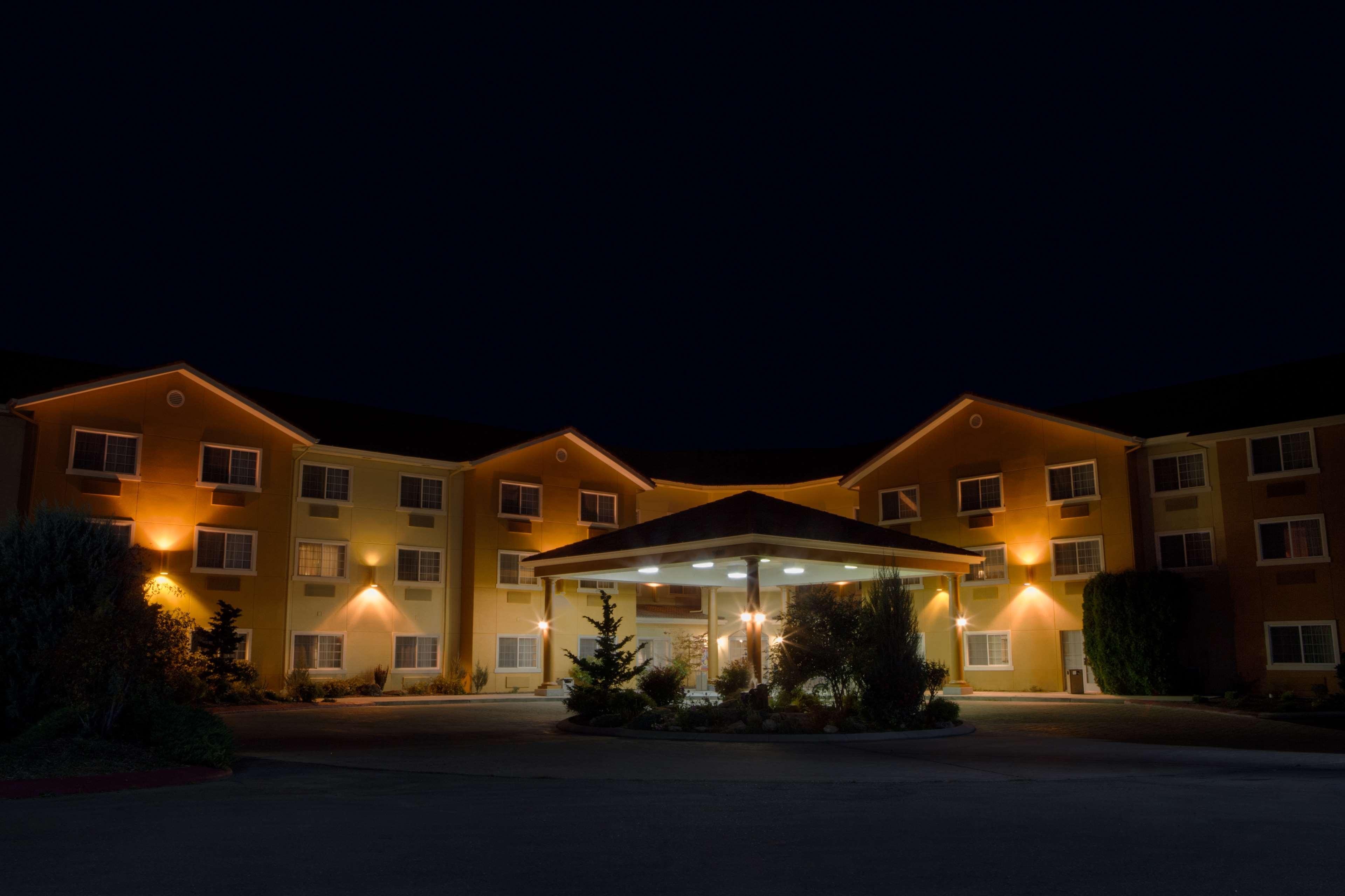 Best Western Plus Caldwell Inn & Suites image 17