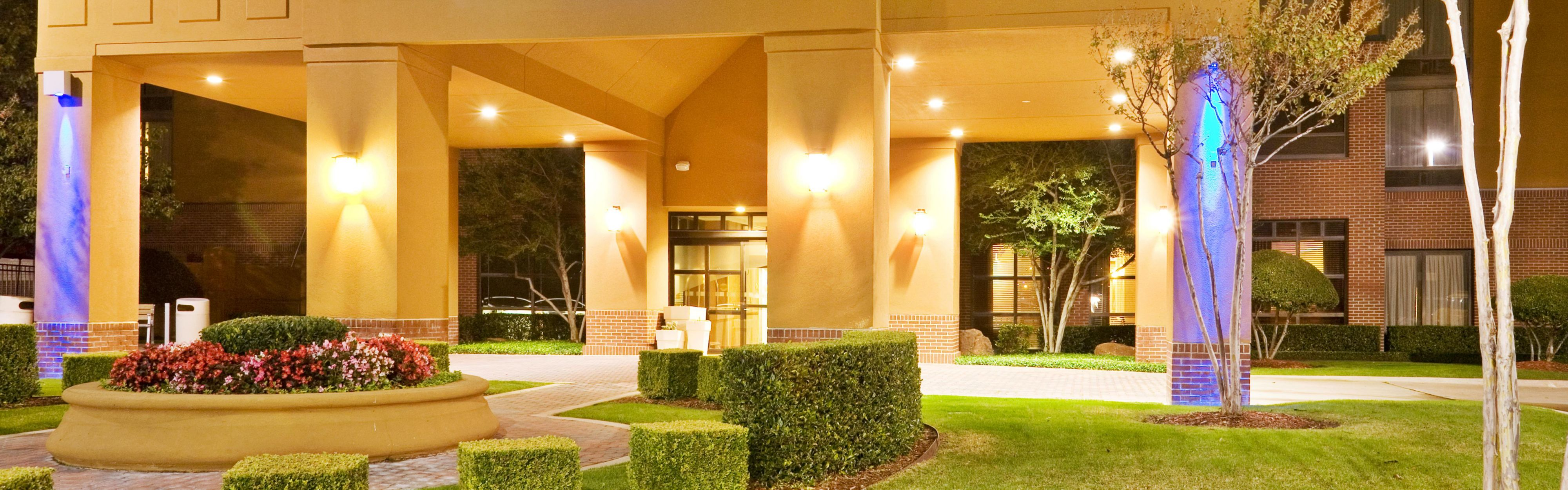 Holiday Inn Express & Suites Irving Conv Ctr - Las Colinas image 0