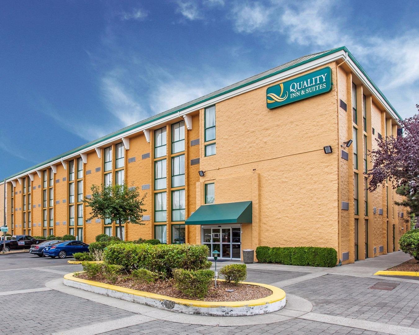 Quality Inn  U0026 Suites In Everett  Wa
