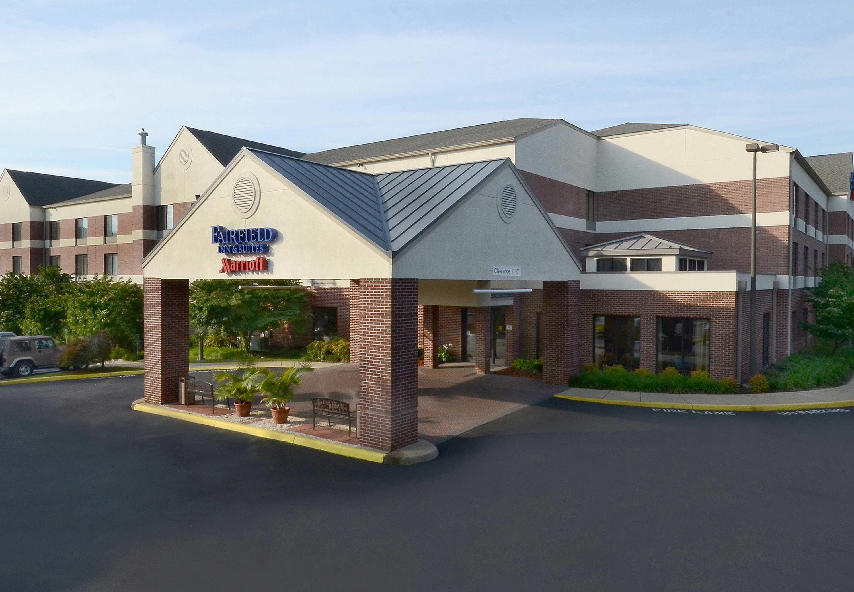 Fairfield Inn & Suites by Marriott Charlottesville North image 1