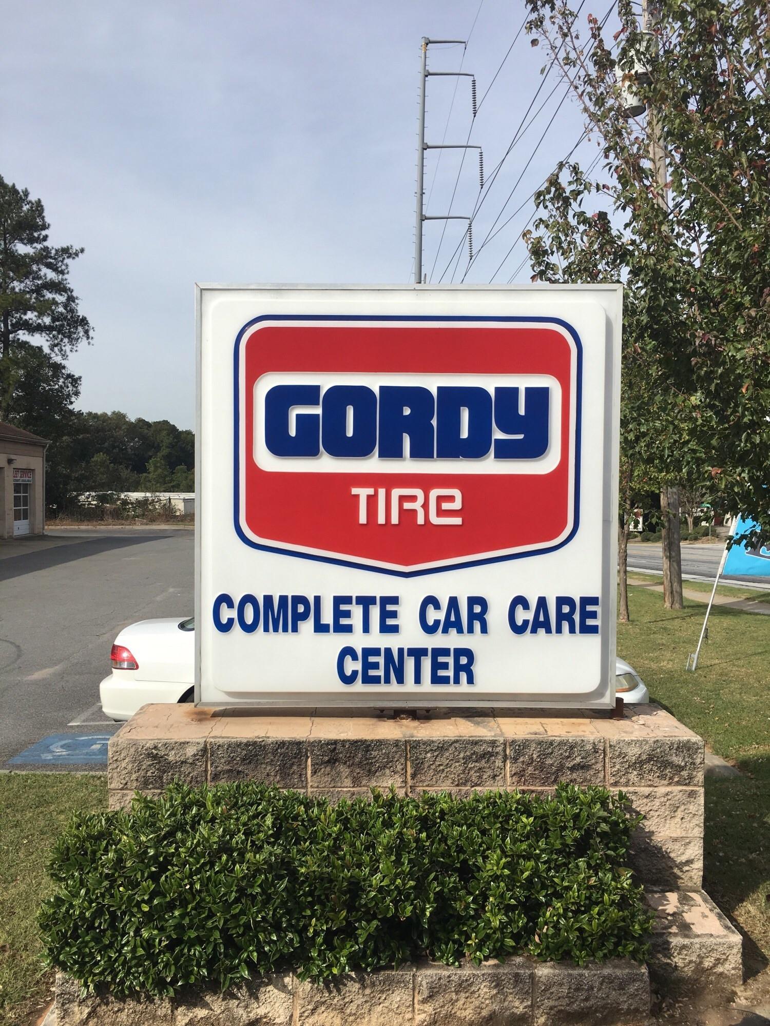 Gordy Auto Repair & Tire image 0