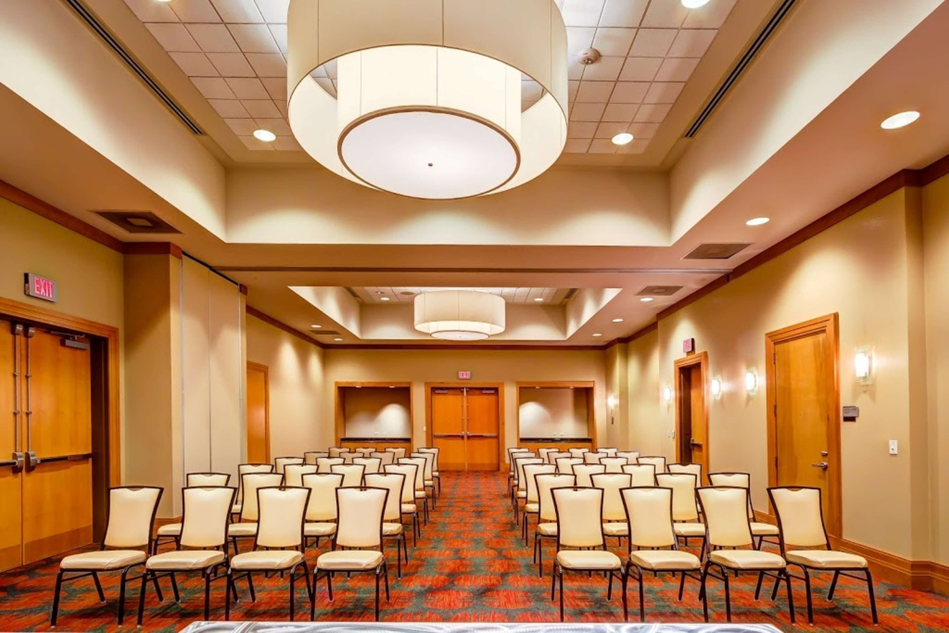 Embassy Suites by Hilton Houston Energy Corridor image 43