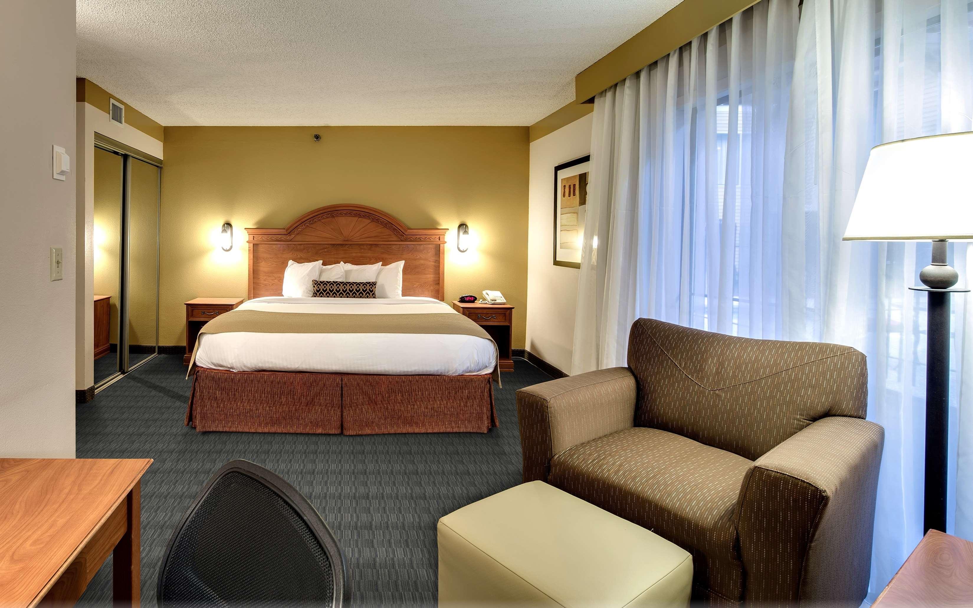 Best Western Plus Como Park Hotel image 19