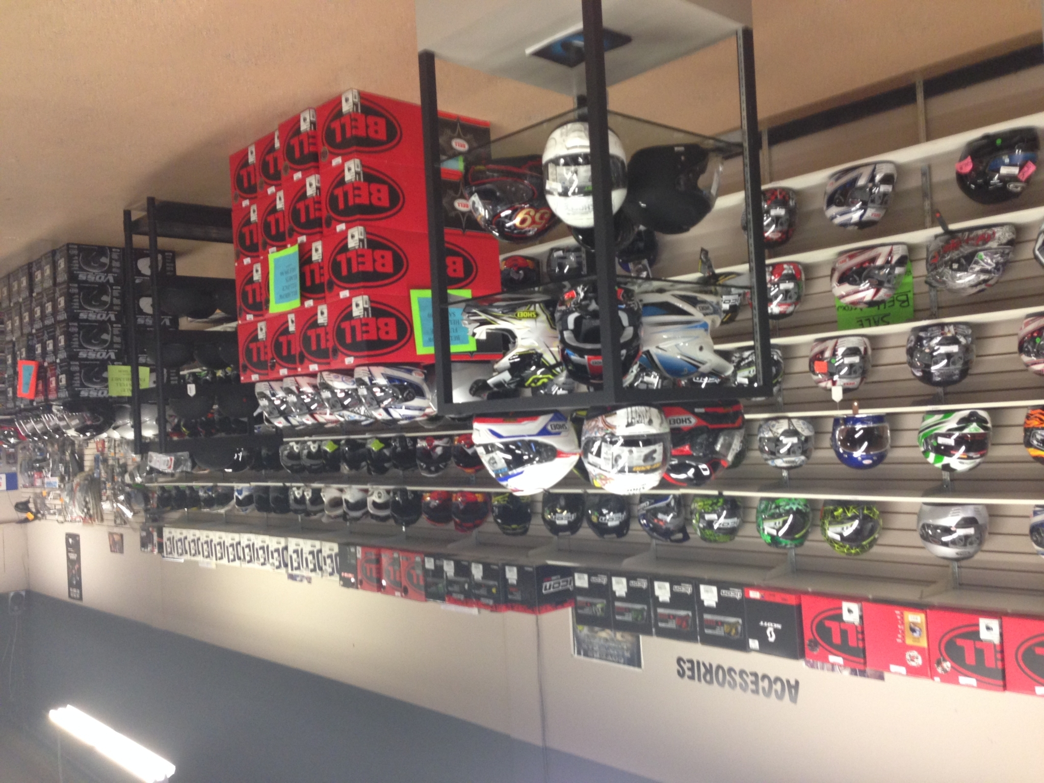 Rivercity Cycle Ltd in Kamloops: Motorbike Helmets