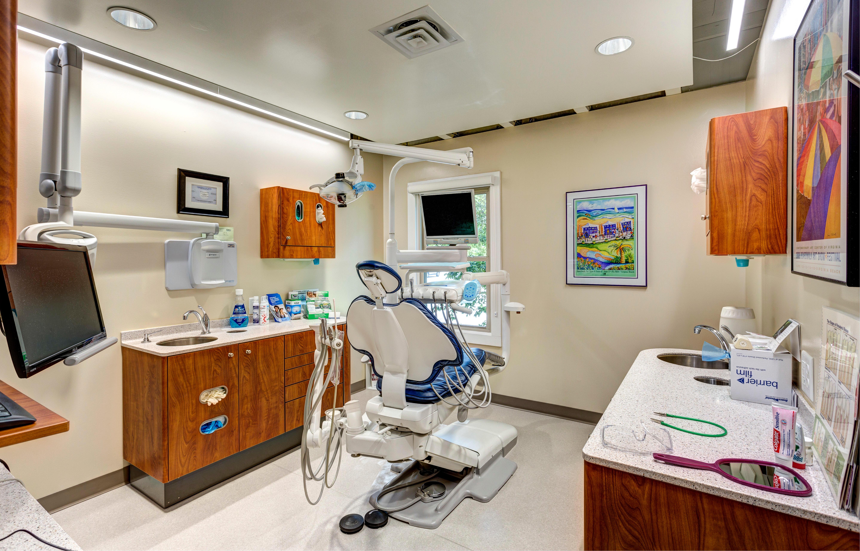 Michael Fernandez Family Dentistry image 16