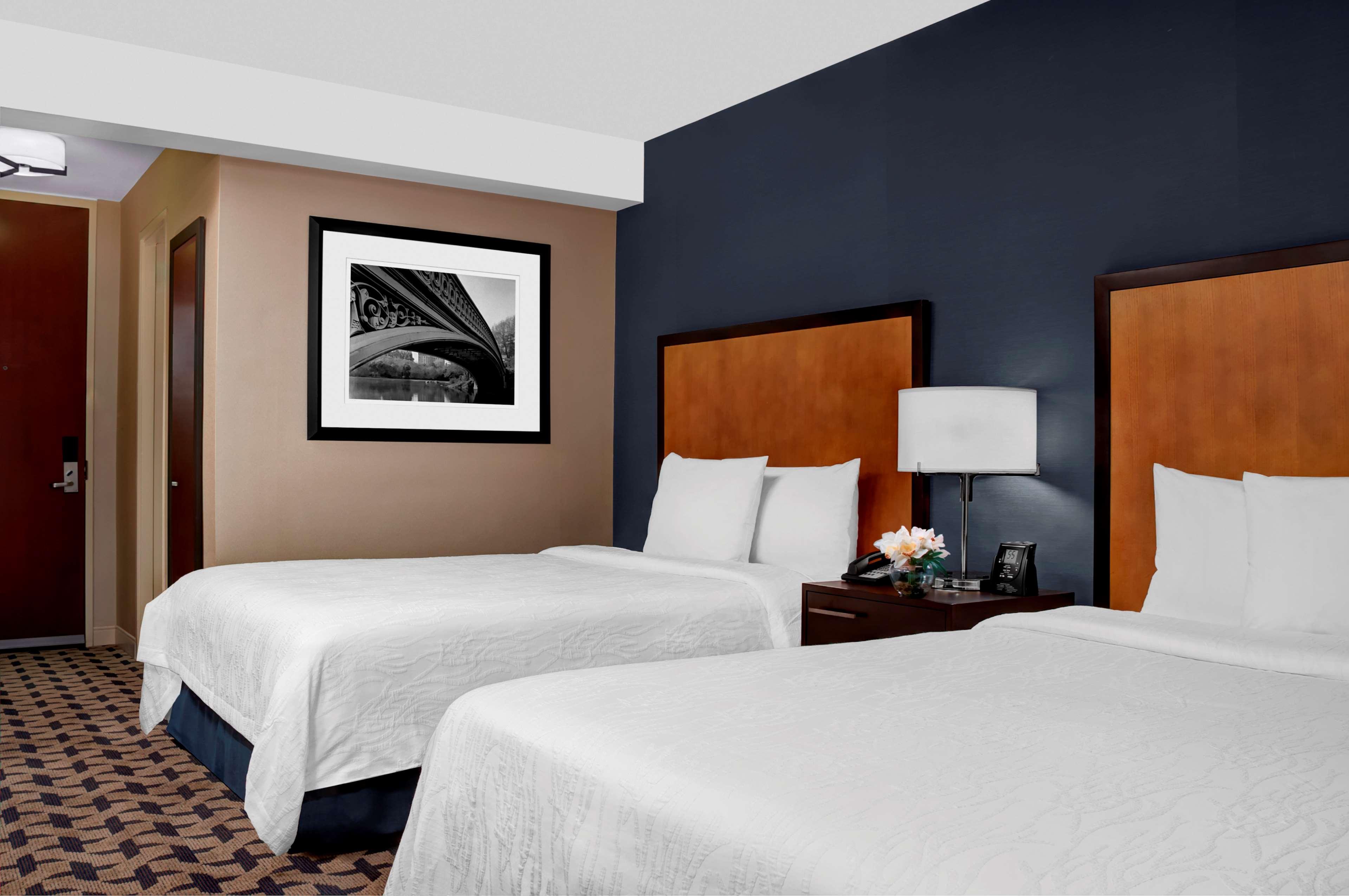 Hilton Garden Inn Times Square image 11