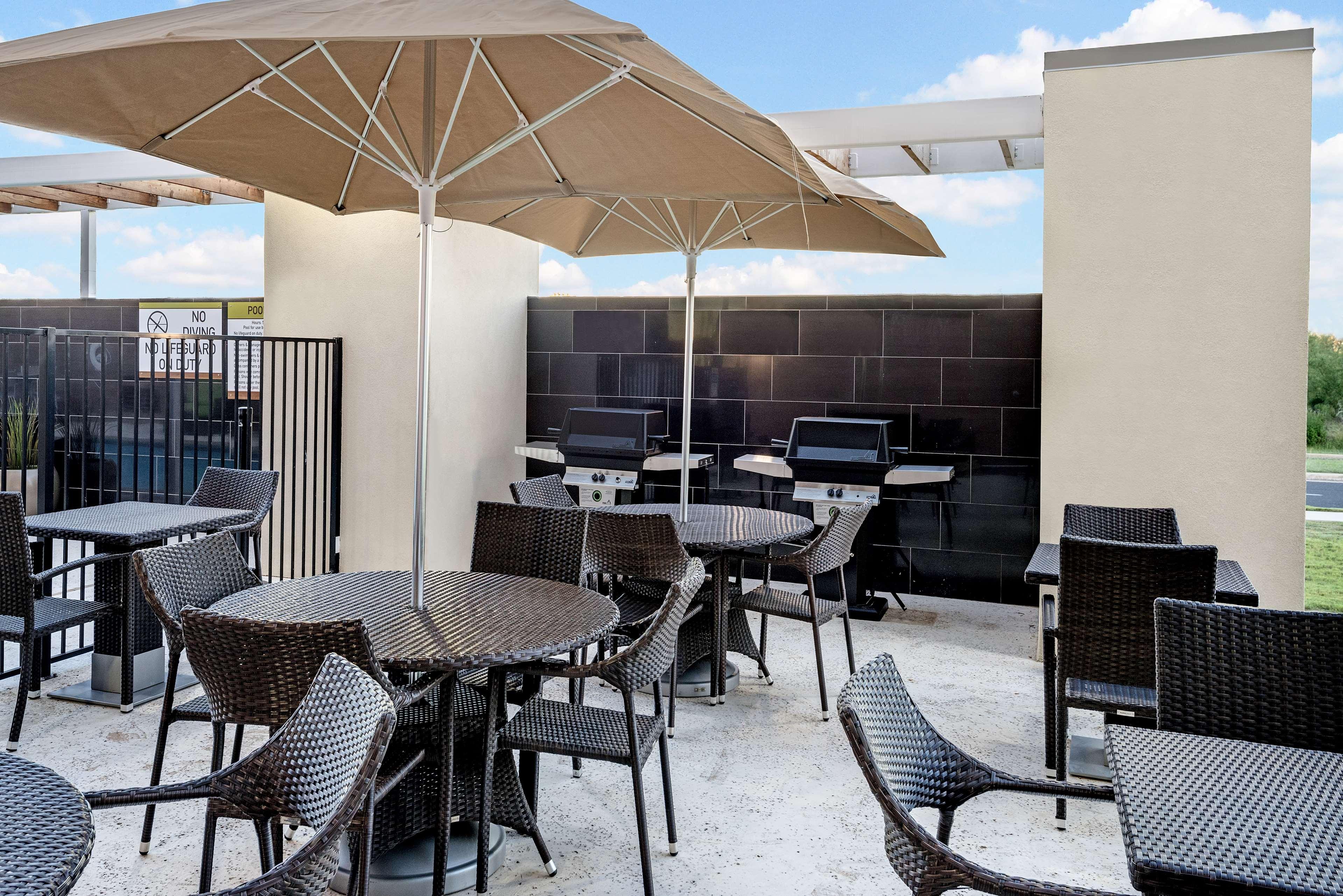 Home2 Suites by Hilton Austin Airport image 10