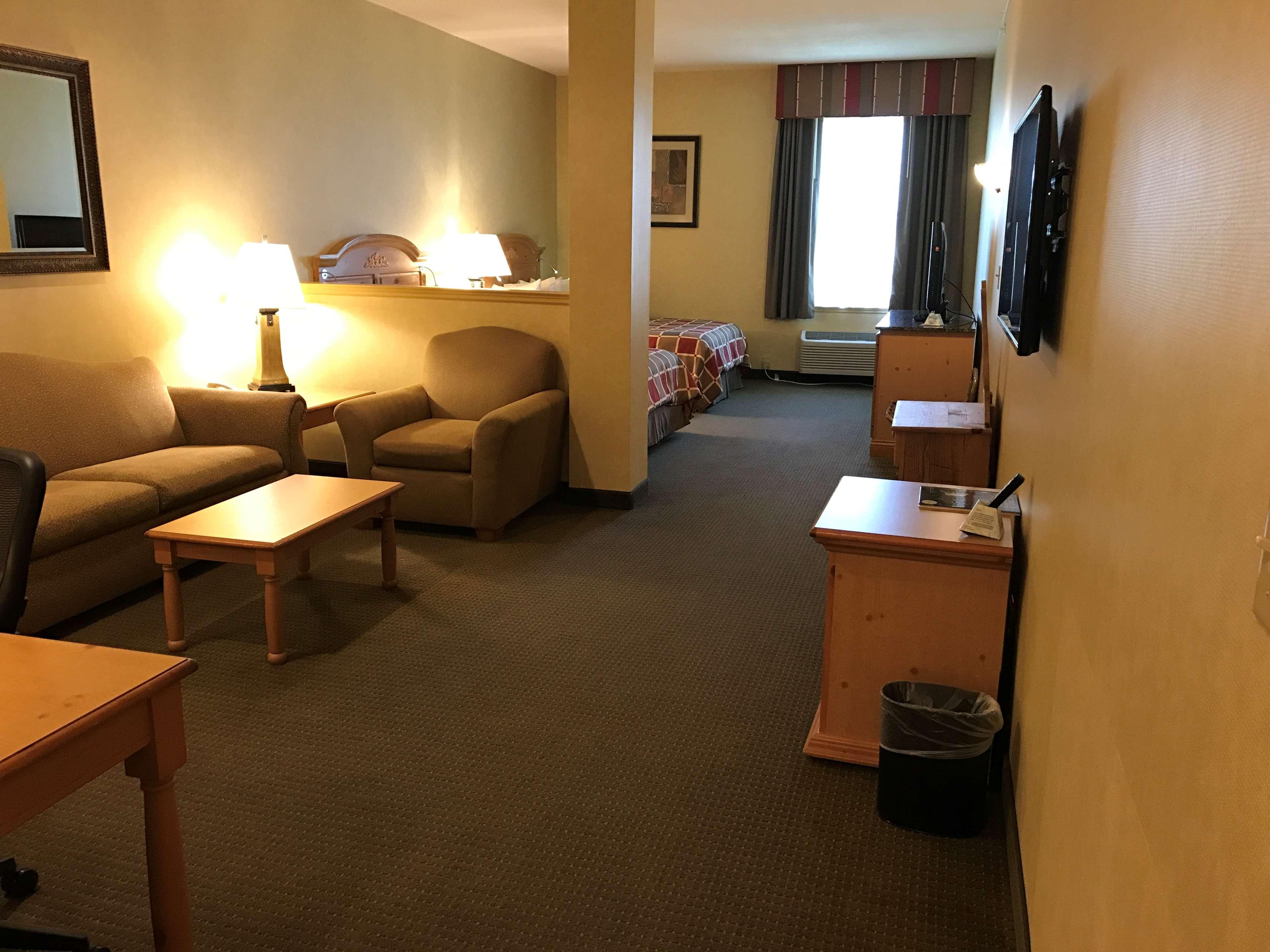 Best Western Plus Revere Inn & Suites image 30