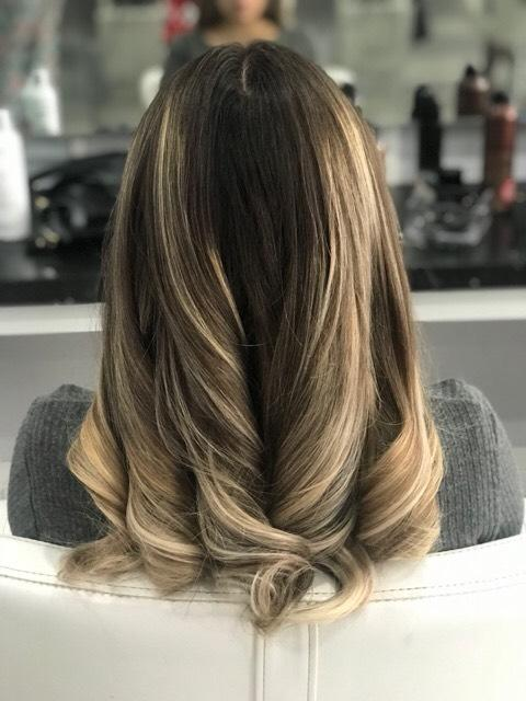 The Blow Dry Bar image 15