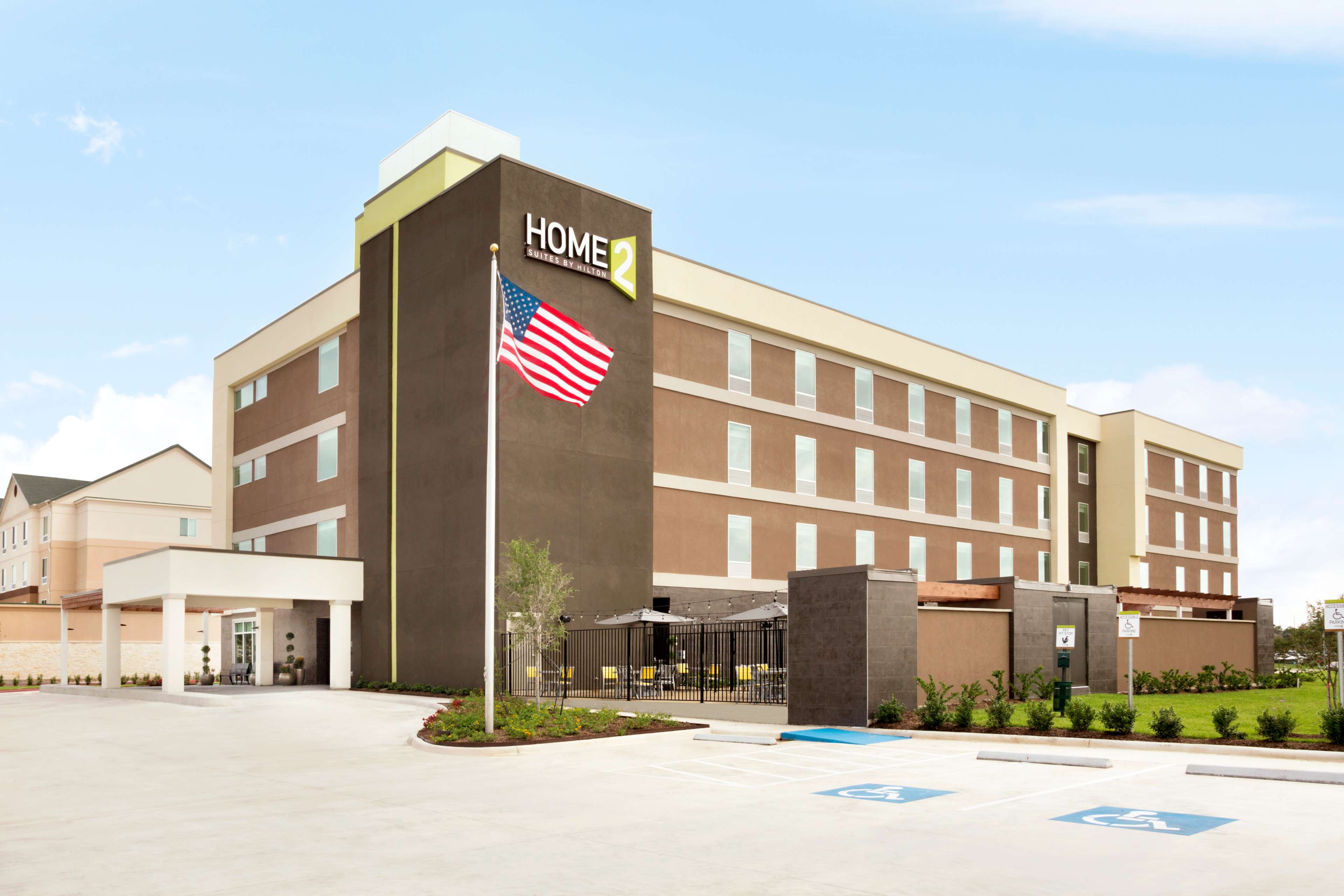 Home2 Suites by Hilton Houston/Webster image 0