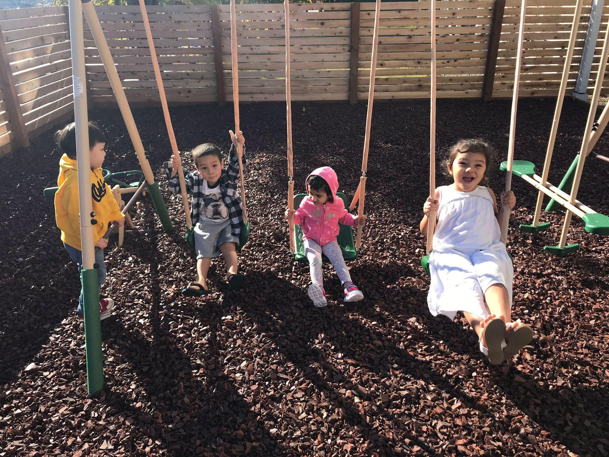 Little Seedlings Bilingual Preschool image 12