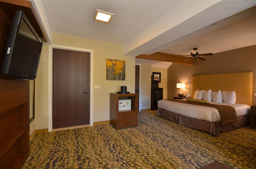 Best Western The Inn & Suites Pacific Grove image 32