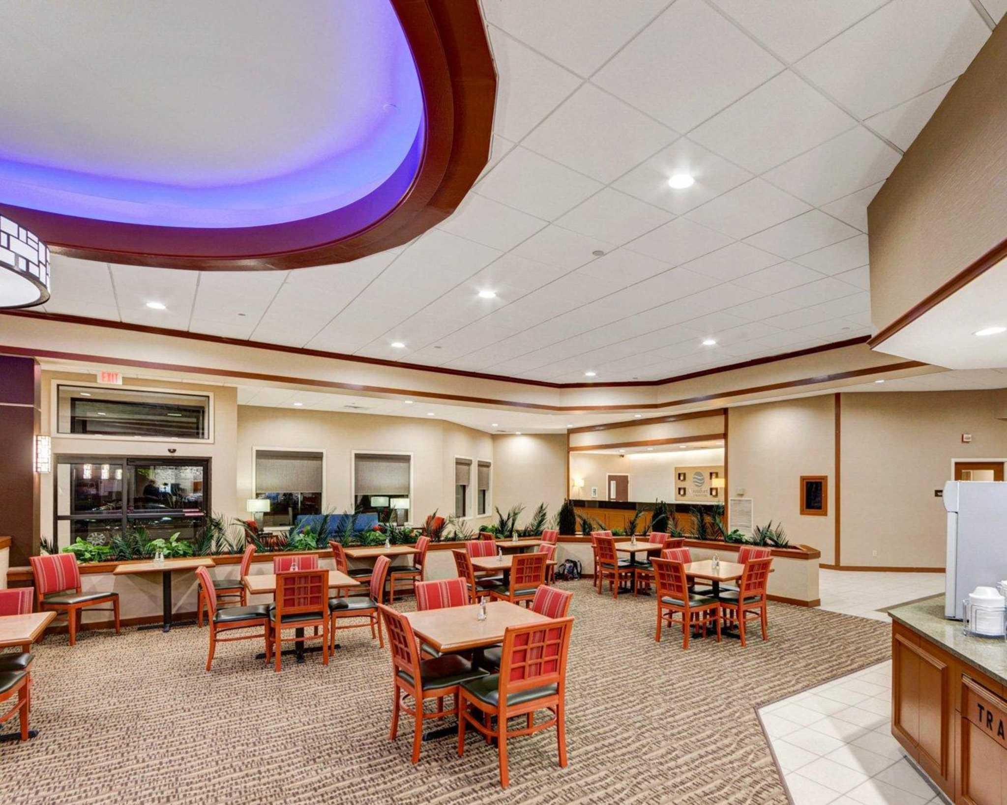 Comfort Inn & Suites Plano East image 35