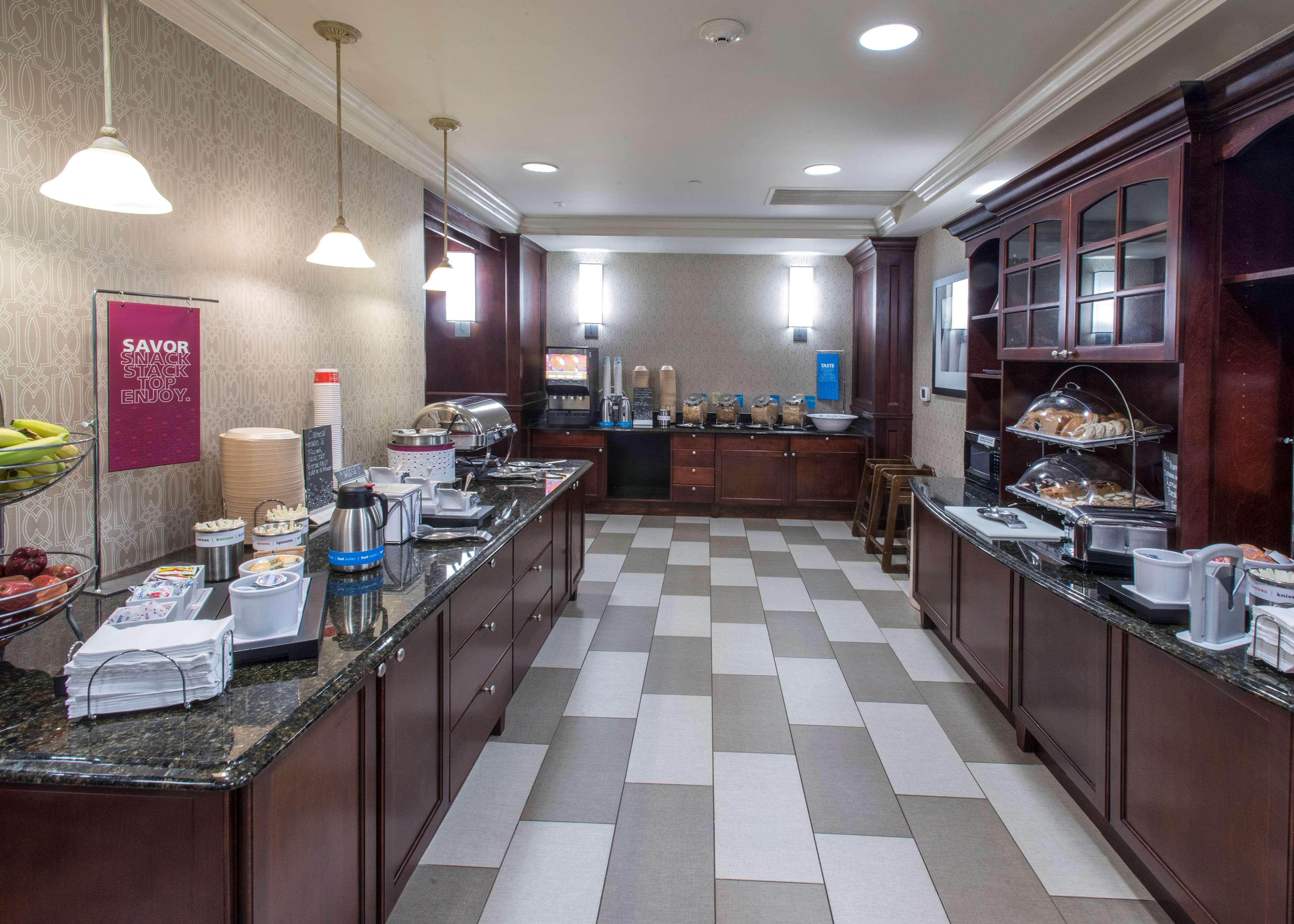 Hampton Inn & Suites Jackson image 10