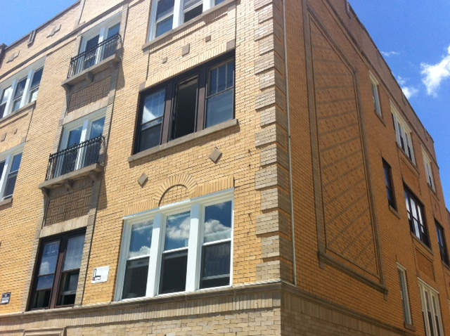 Pangea Austin Apartments In Chicago Il 60644 Citysearch