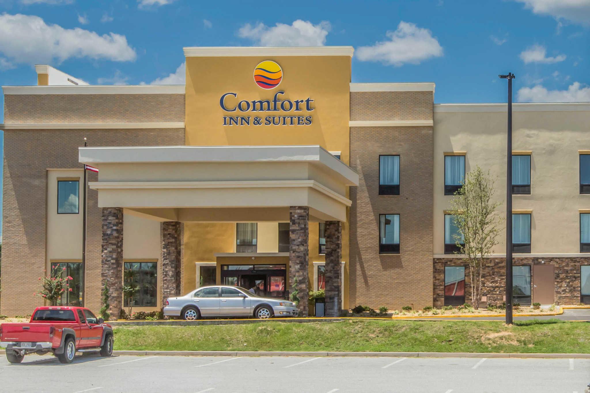 Comfort Inn & Suites West image 2