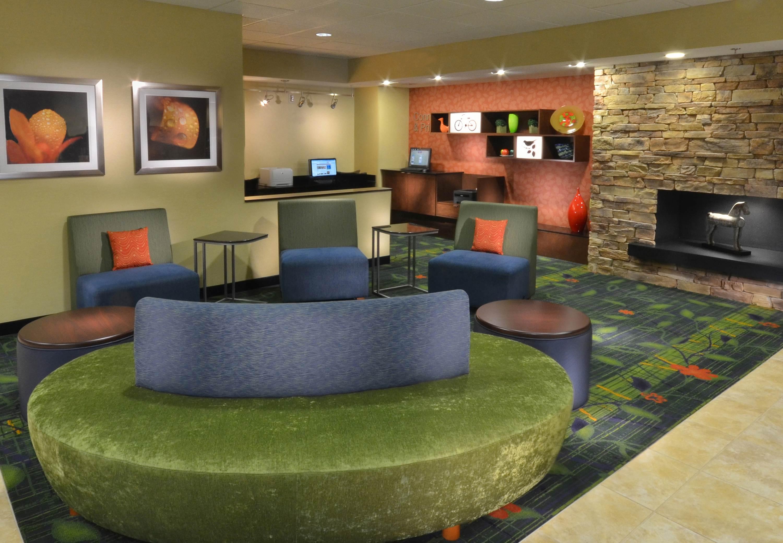 Fairfield Inn & Suites by Marriott Charlottesville North image 0