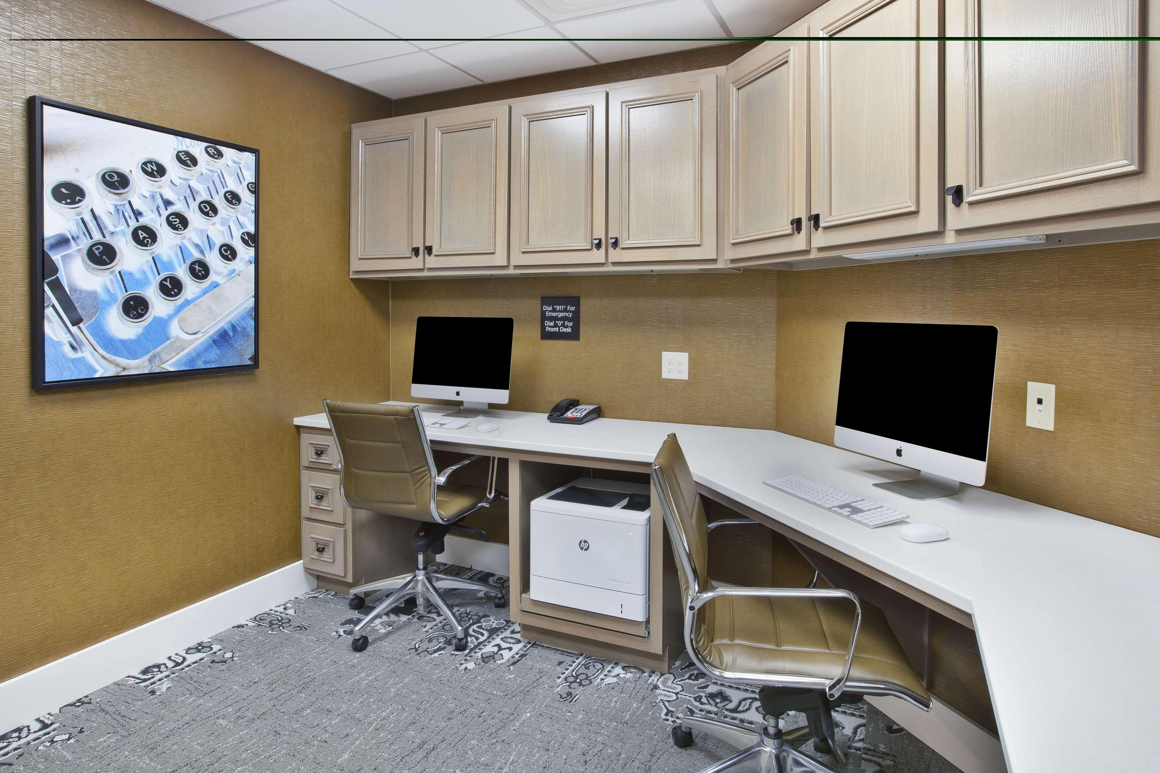 Hampton Inn & Suites Alliance image 22