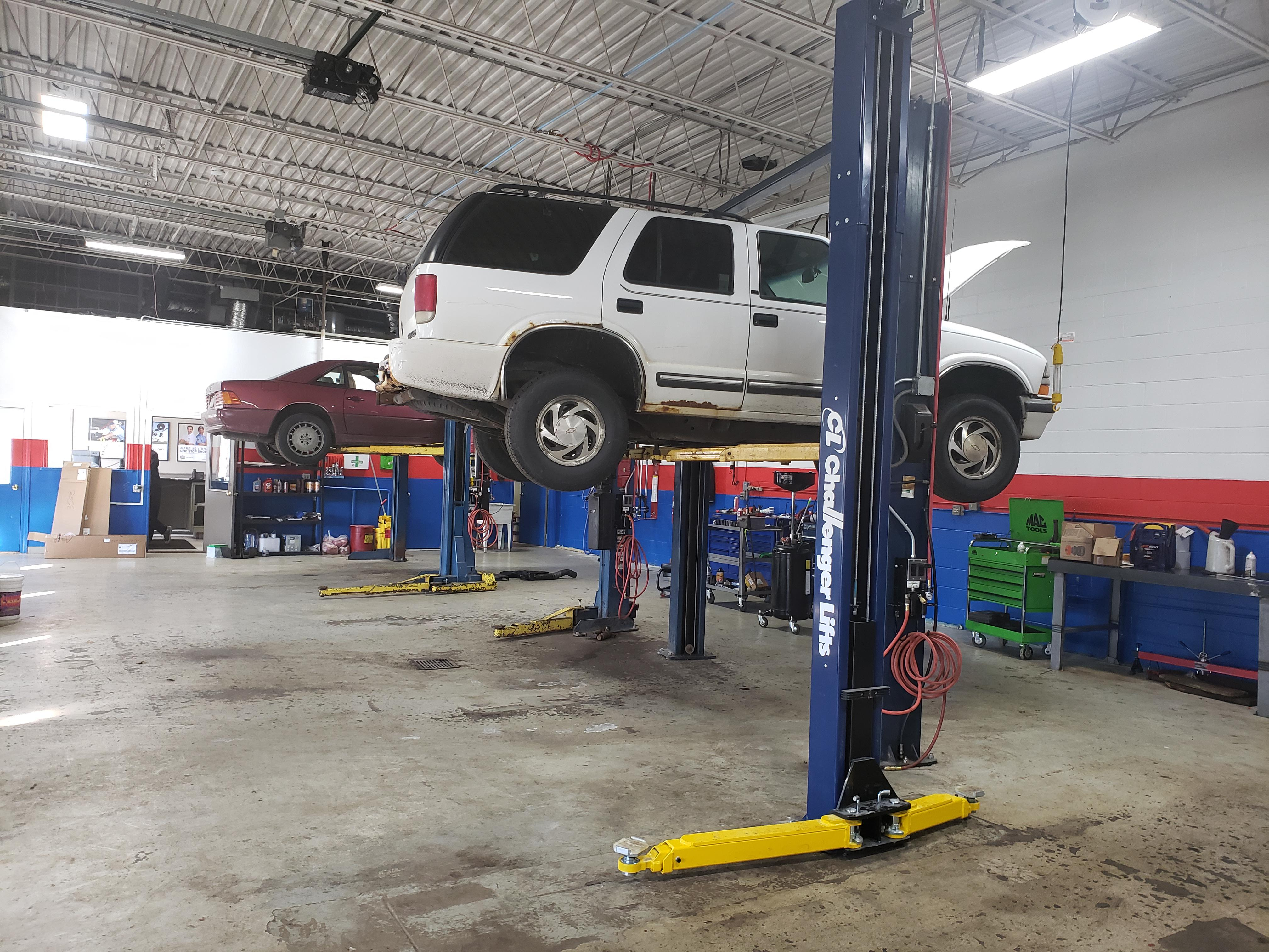 AAMCO Transmissions of Des Plaines image 2