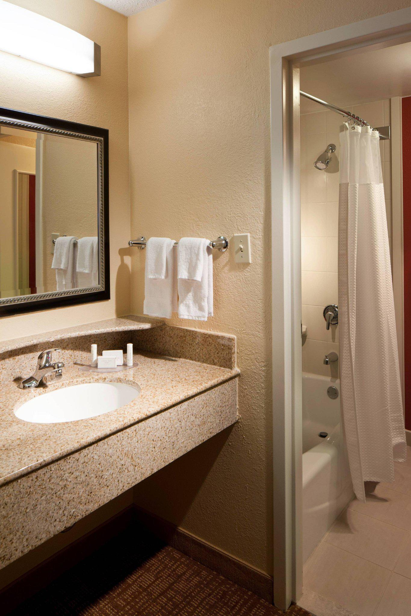 Courtyard by Marriott Tallahassee Downtown/Capitol