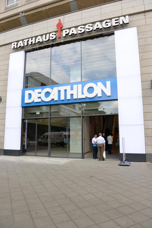 decathlon ffnungszeiten decathlon rathausstra e. Black Bedroom Furniture Sets. Home Design Ideas