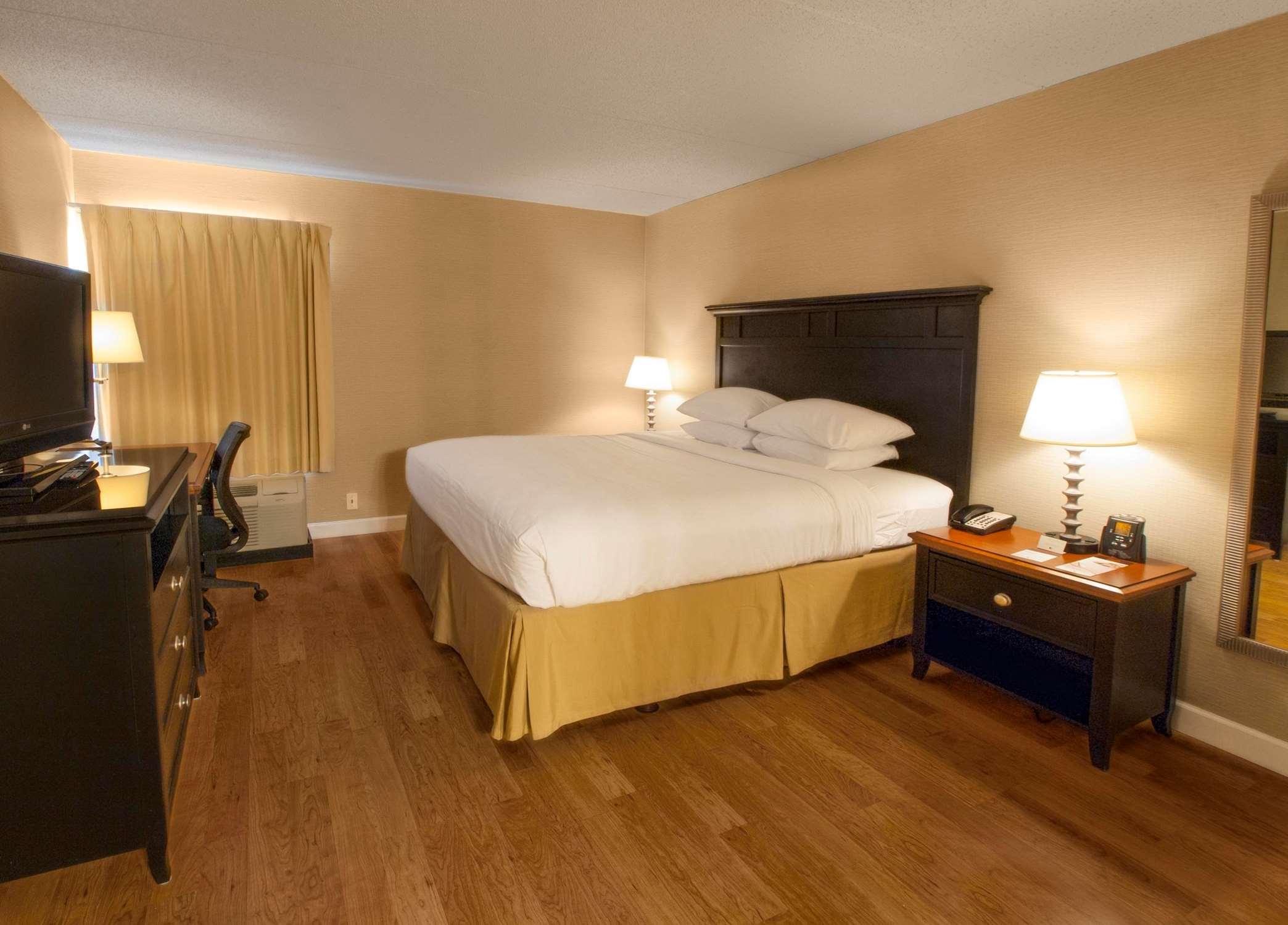 DoubleTree by Hilton Hotel Buffalo - Amherst image 19