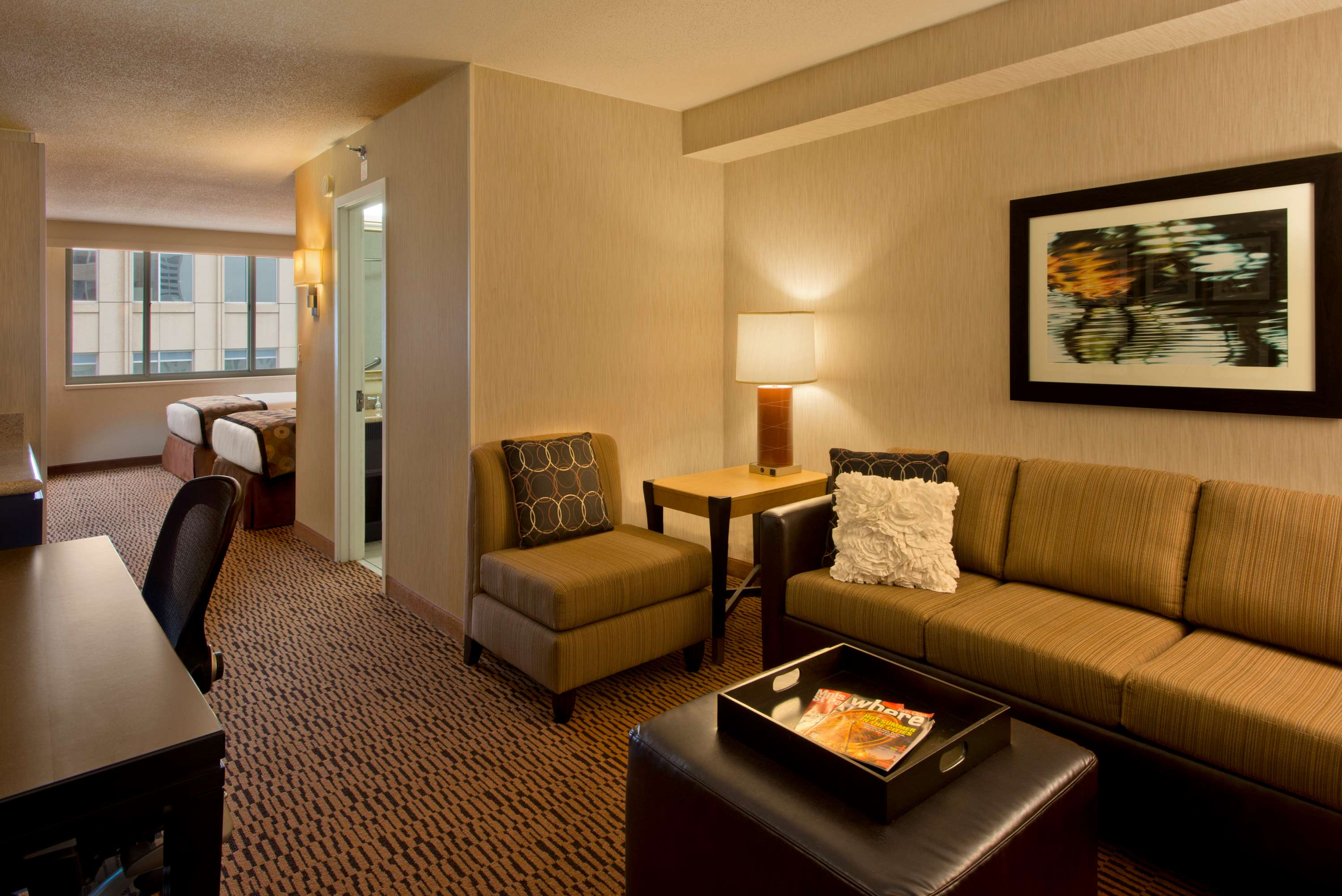 DoubleTree Suites by Hilton Hotel Minneapolis image 13
