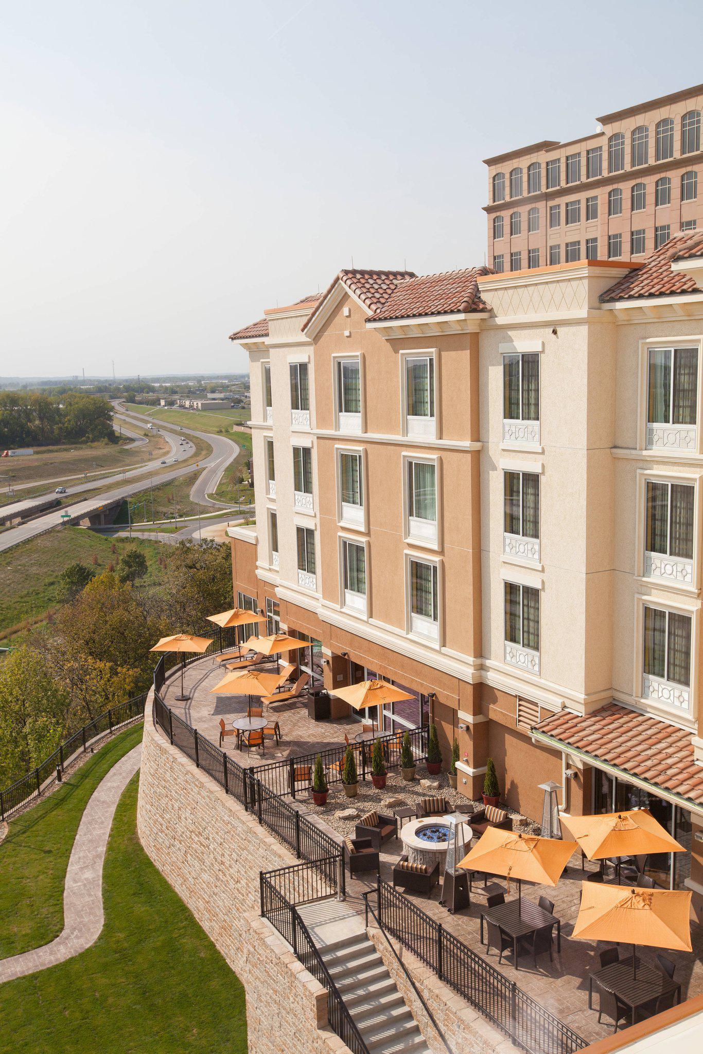 Courtyard by Marriott Kansas City at Briarcliff
