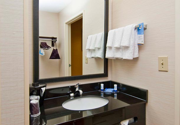 Fairfield Inn & Suites by Marriott Jackson Airport image 6
