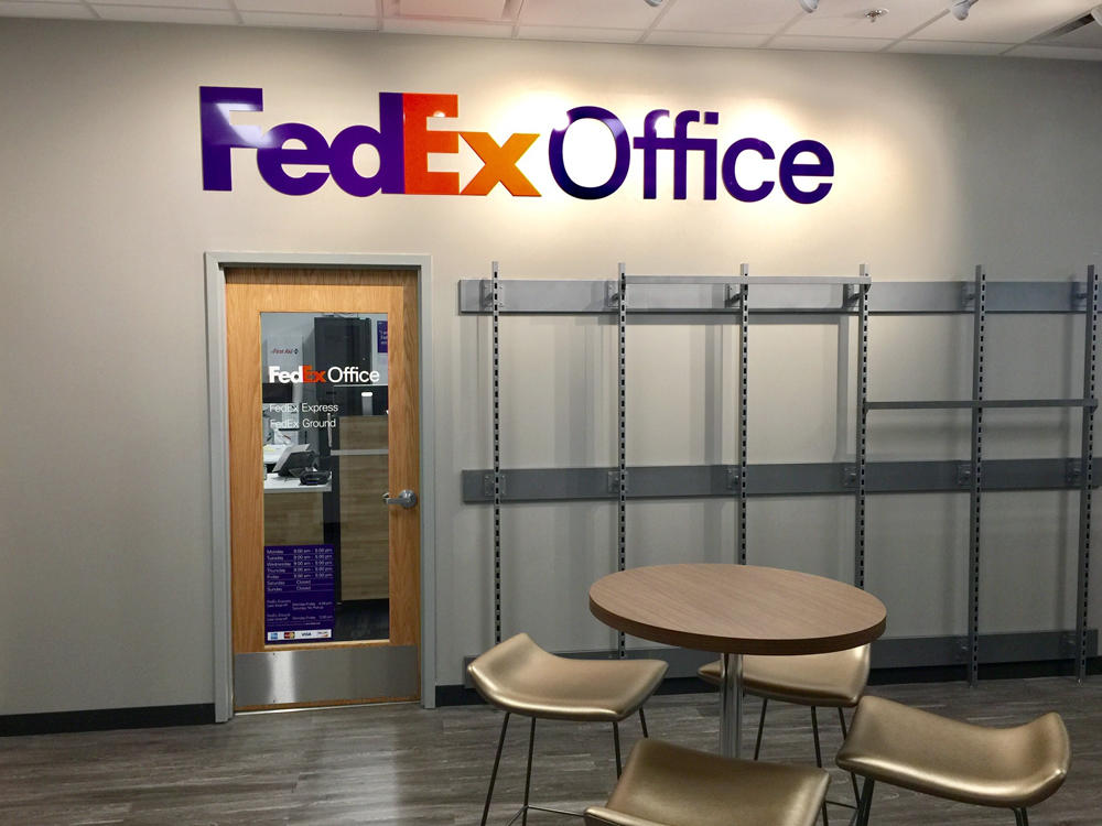 kinko s copier store Get professional, high-quality copies in black & white or color from fedex office full service or self service, at any of over 1,800 locations.