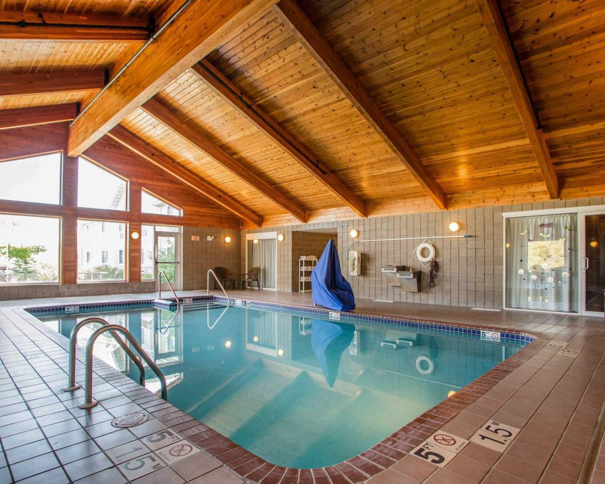 Comfort Inn & Suites Jackson - West Bend image 15