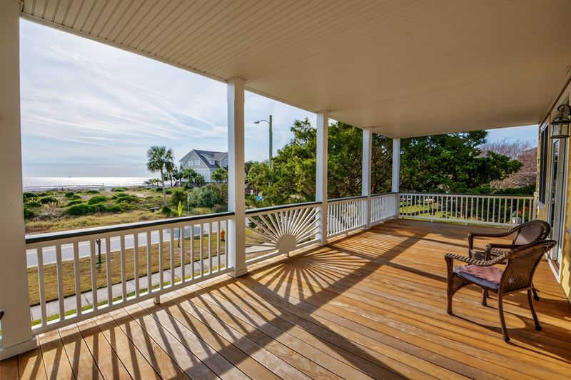 Isle of Palms Vacation Rentals by Exclusive Properties image 99