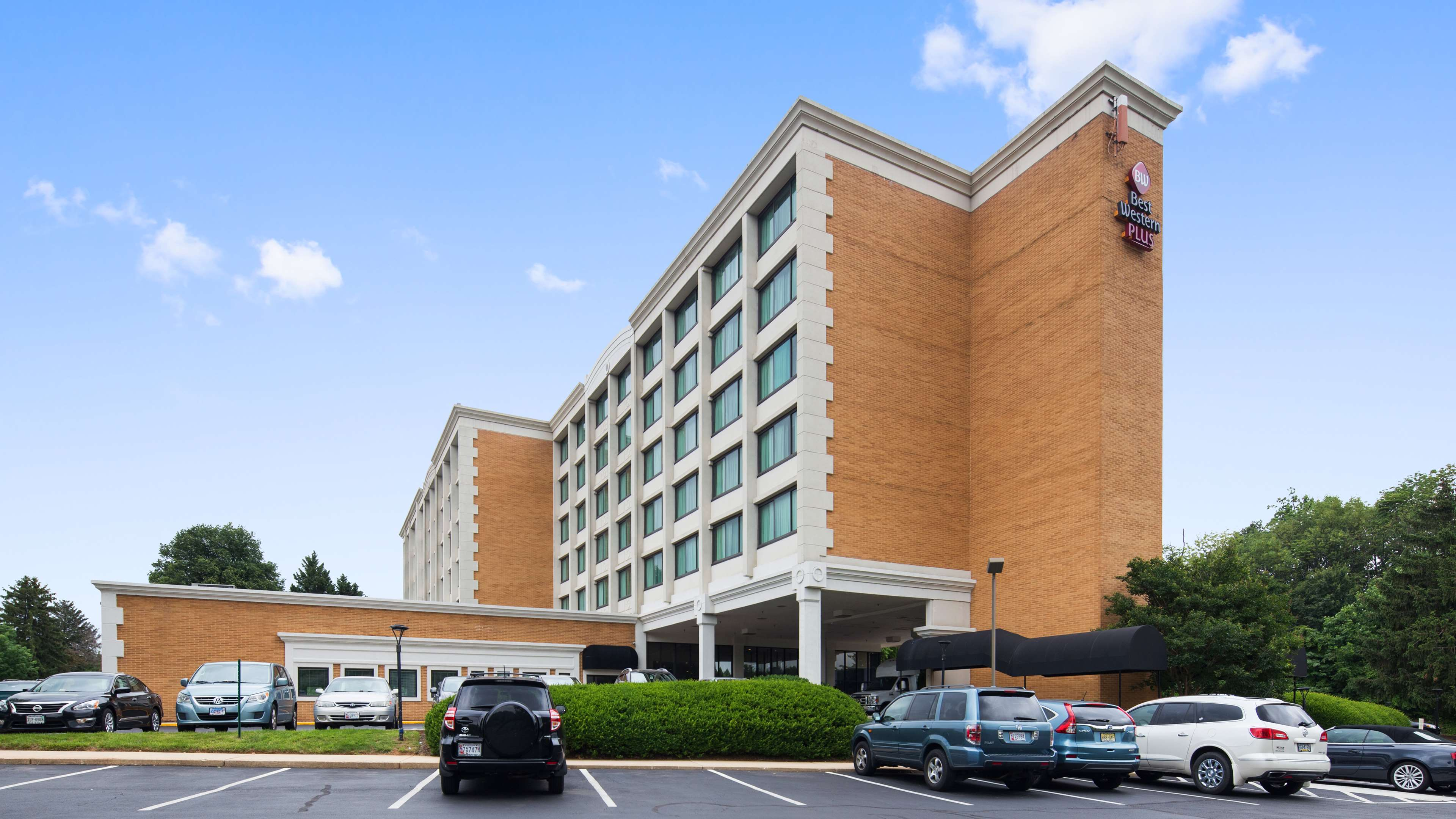 Best Western Plus Rockville Hotel & Suites image 0
