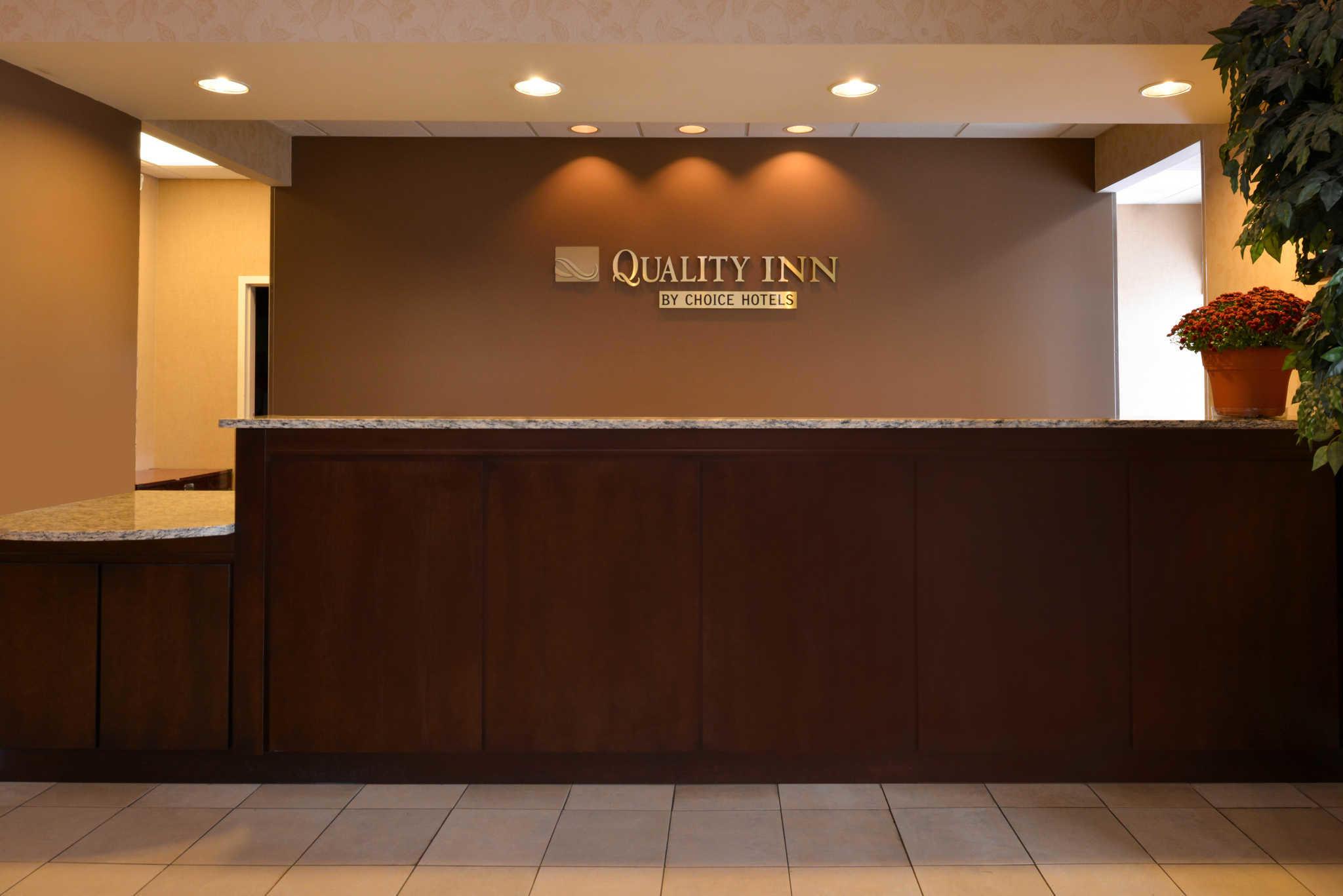 Quality Inn Dutch Inn image 5