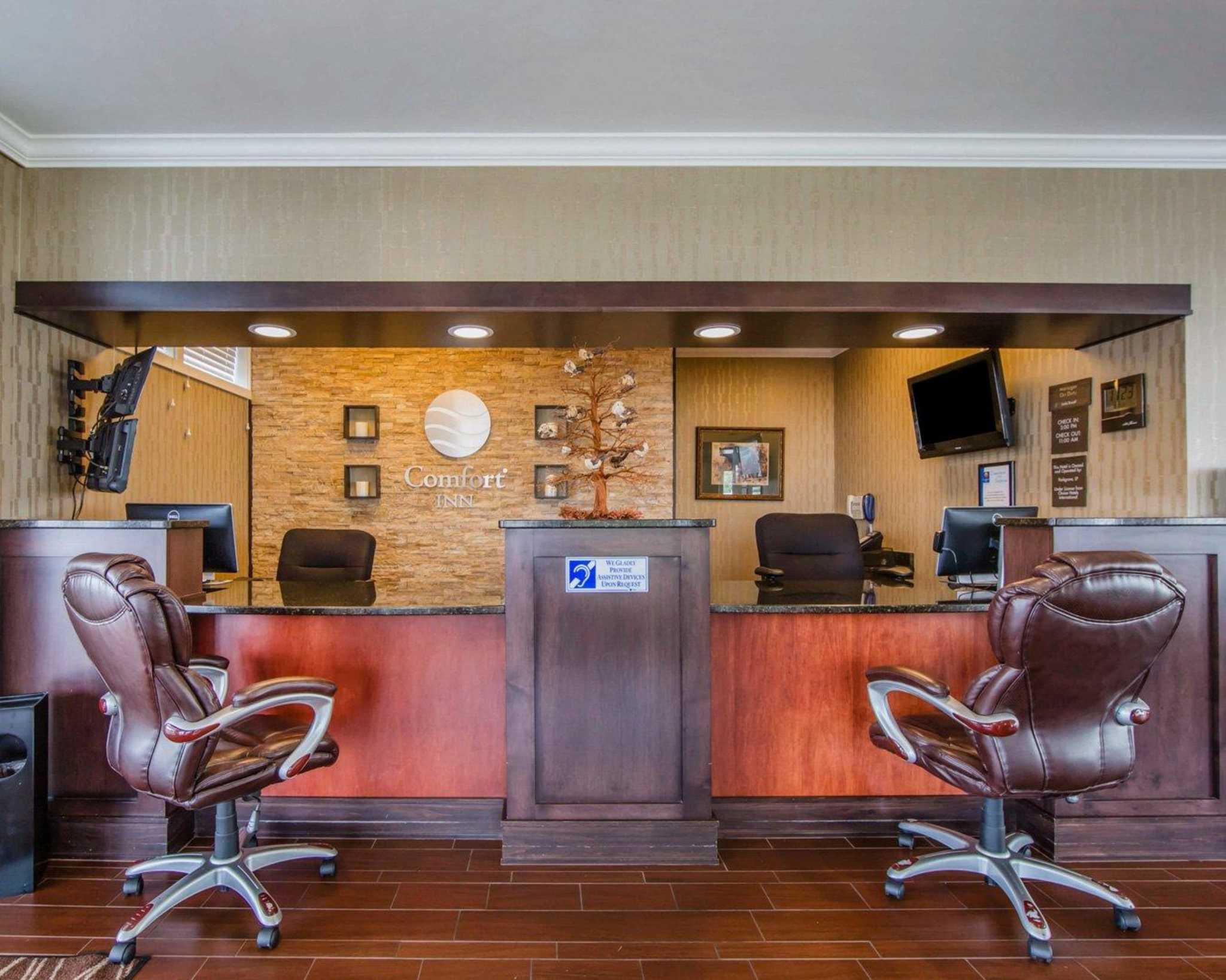 Comfort Inn Apple Valley image 21
