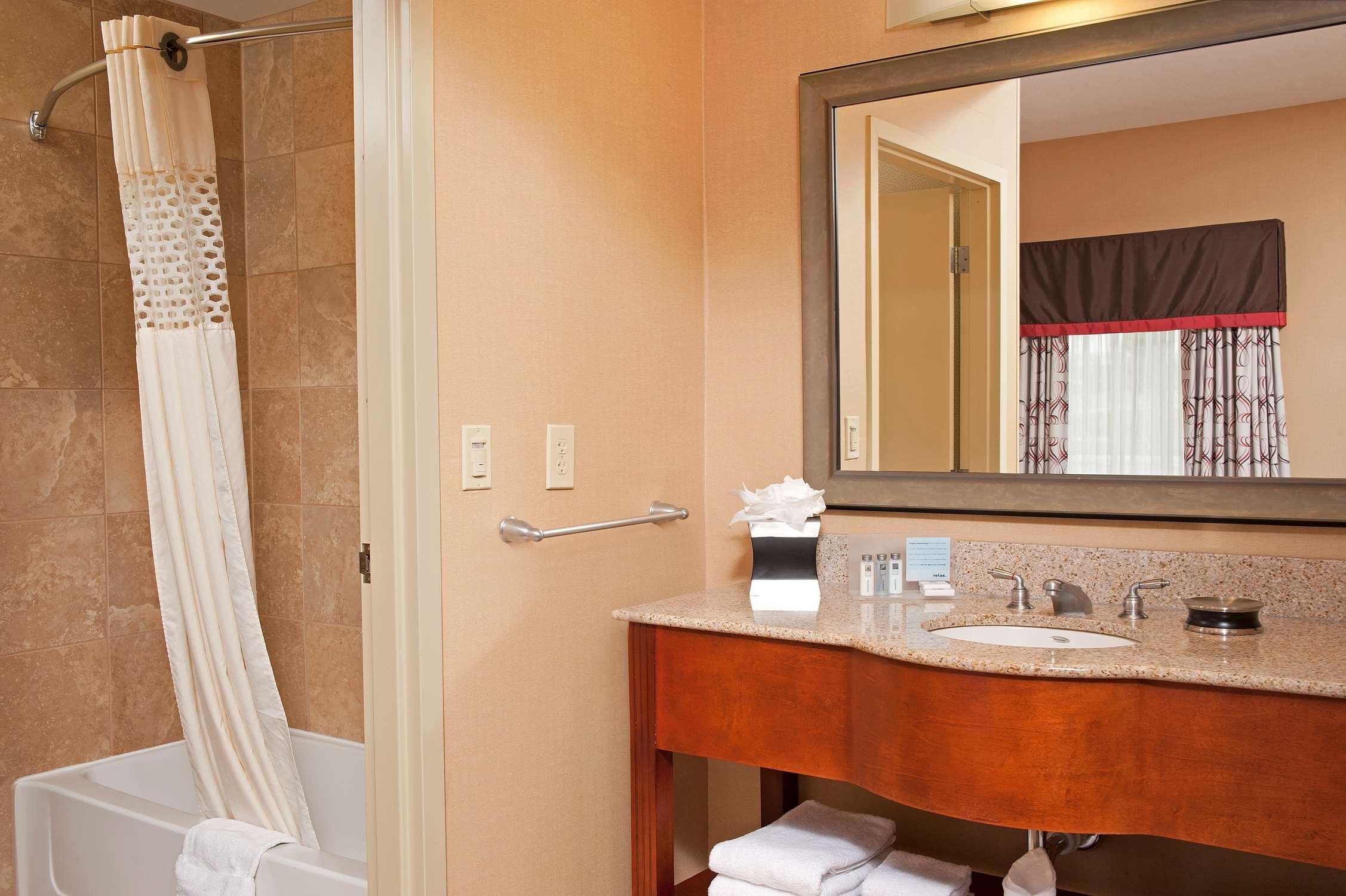Hampton Inn & Suites Columbus-Easton Area image 23
