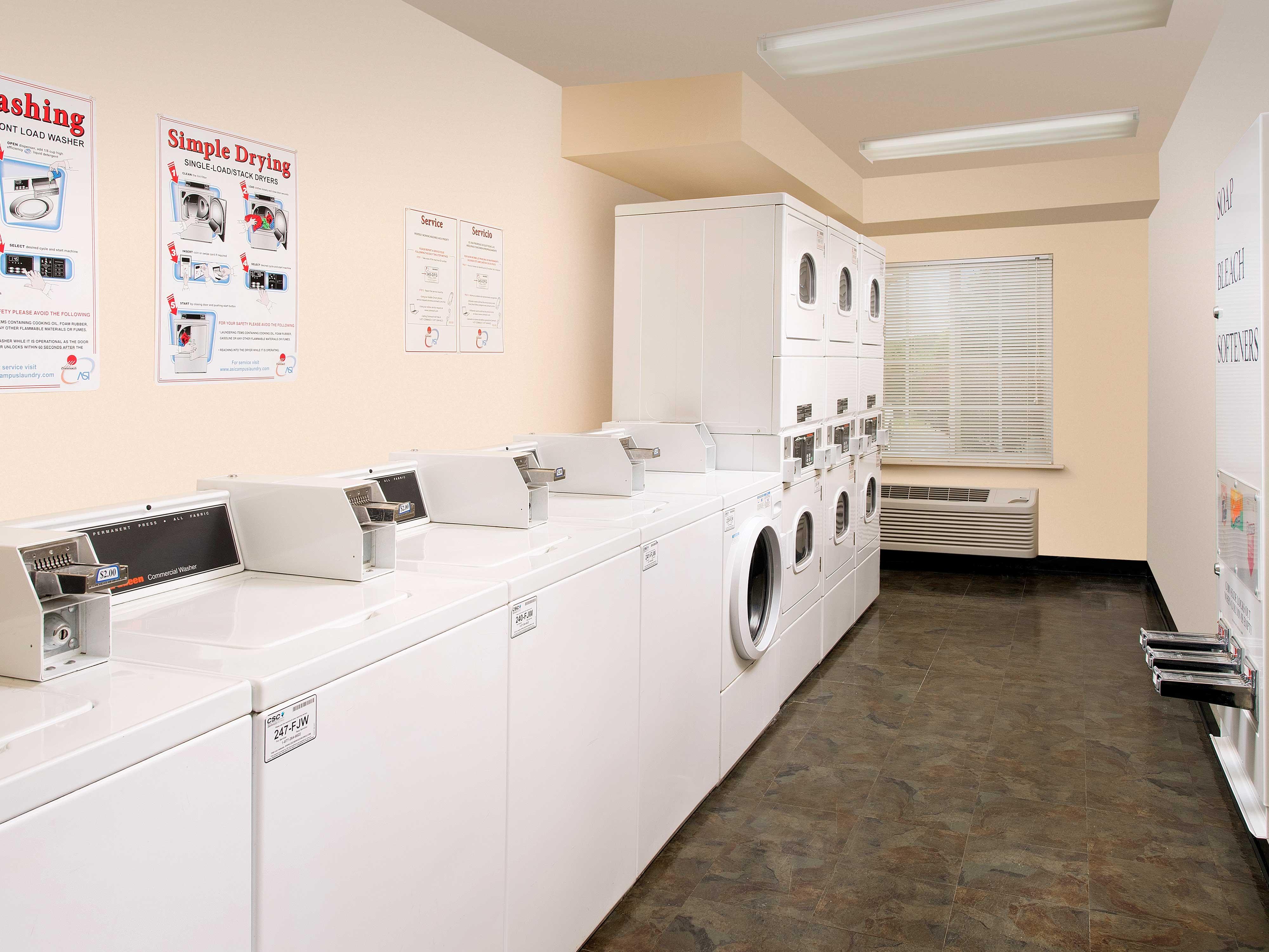 WoodSpring Suites Kansas City Lenexa image 19