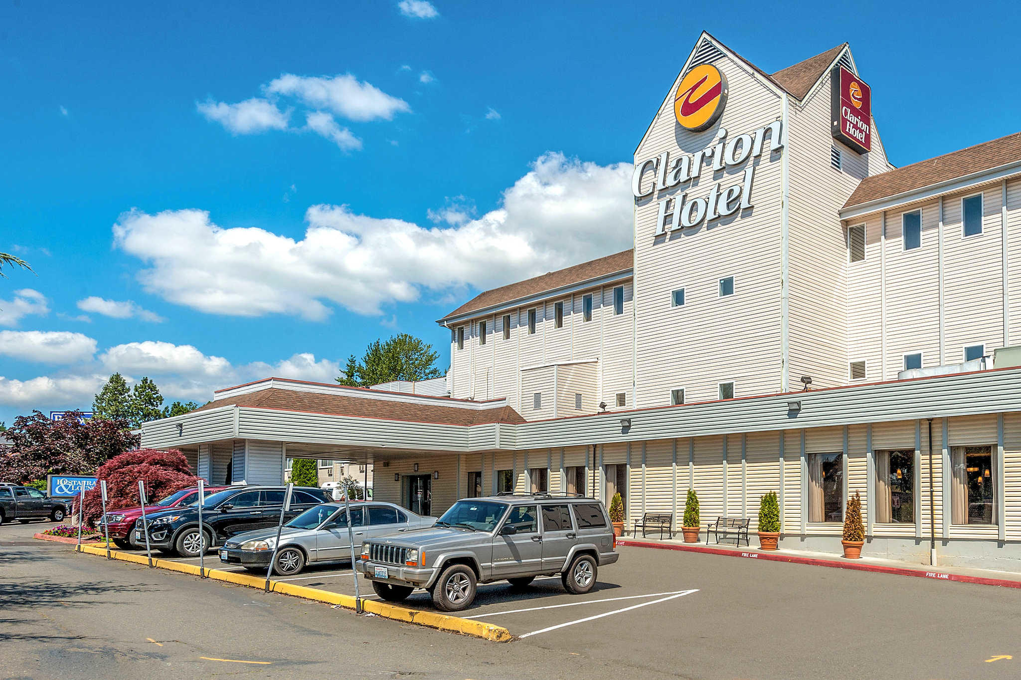 Clarion Hotel Seattle Airport image 3