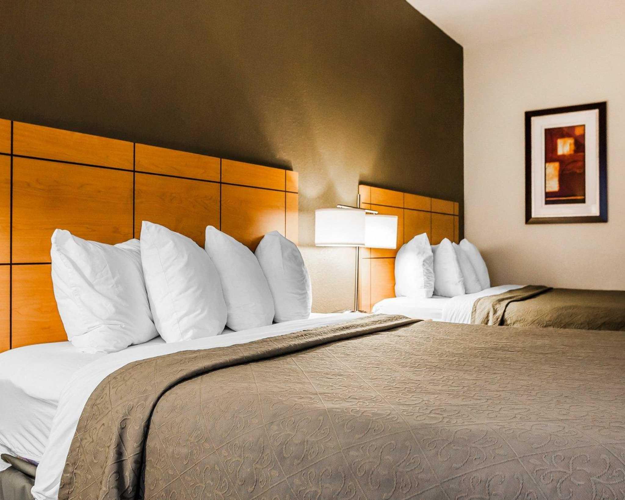 Quality Inn & Suites Des Moines Airport image 4