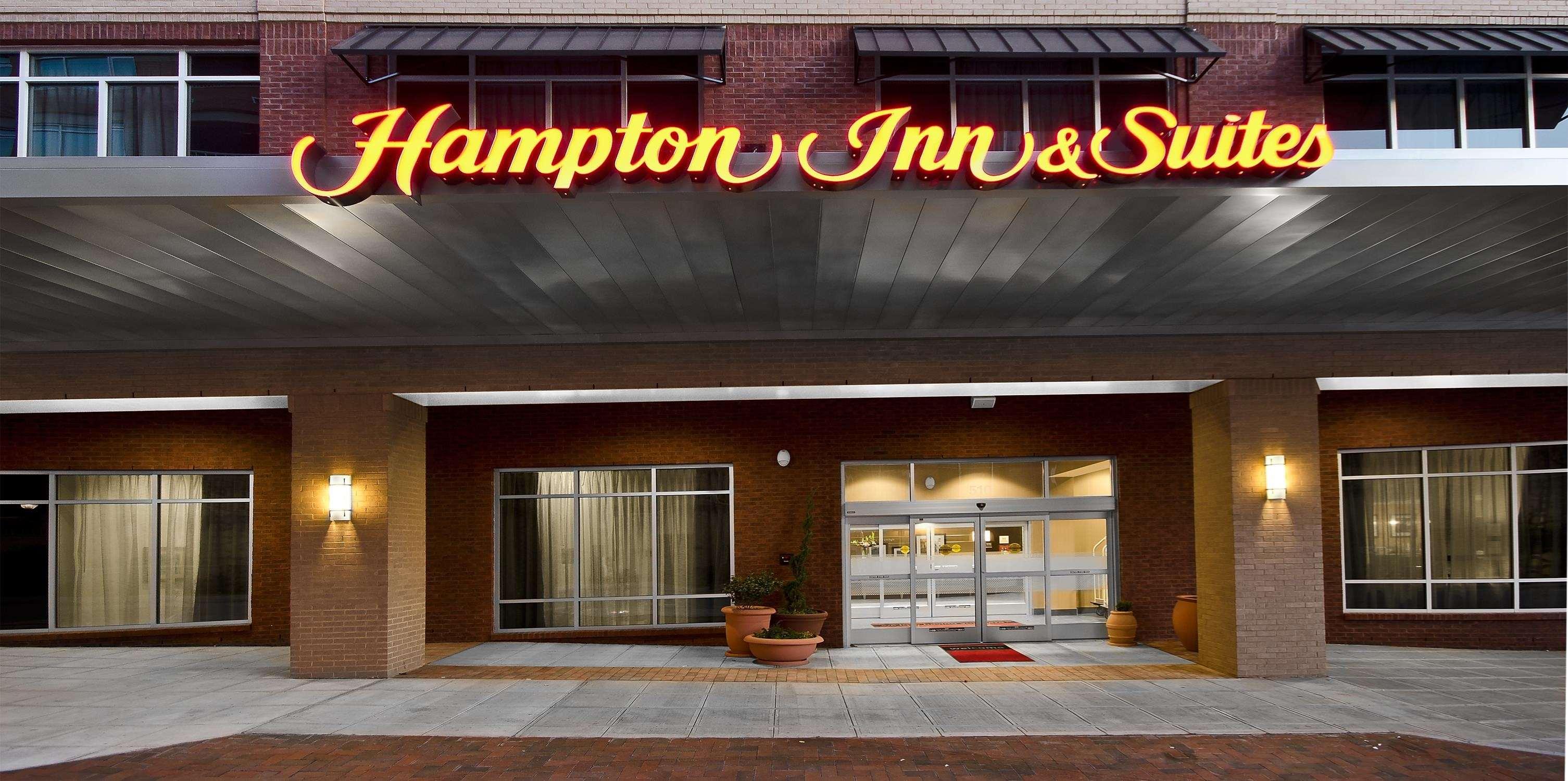 Hampton Inn & Suites Raleigh Downtown image 1