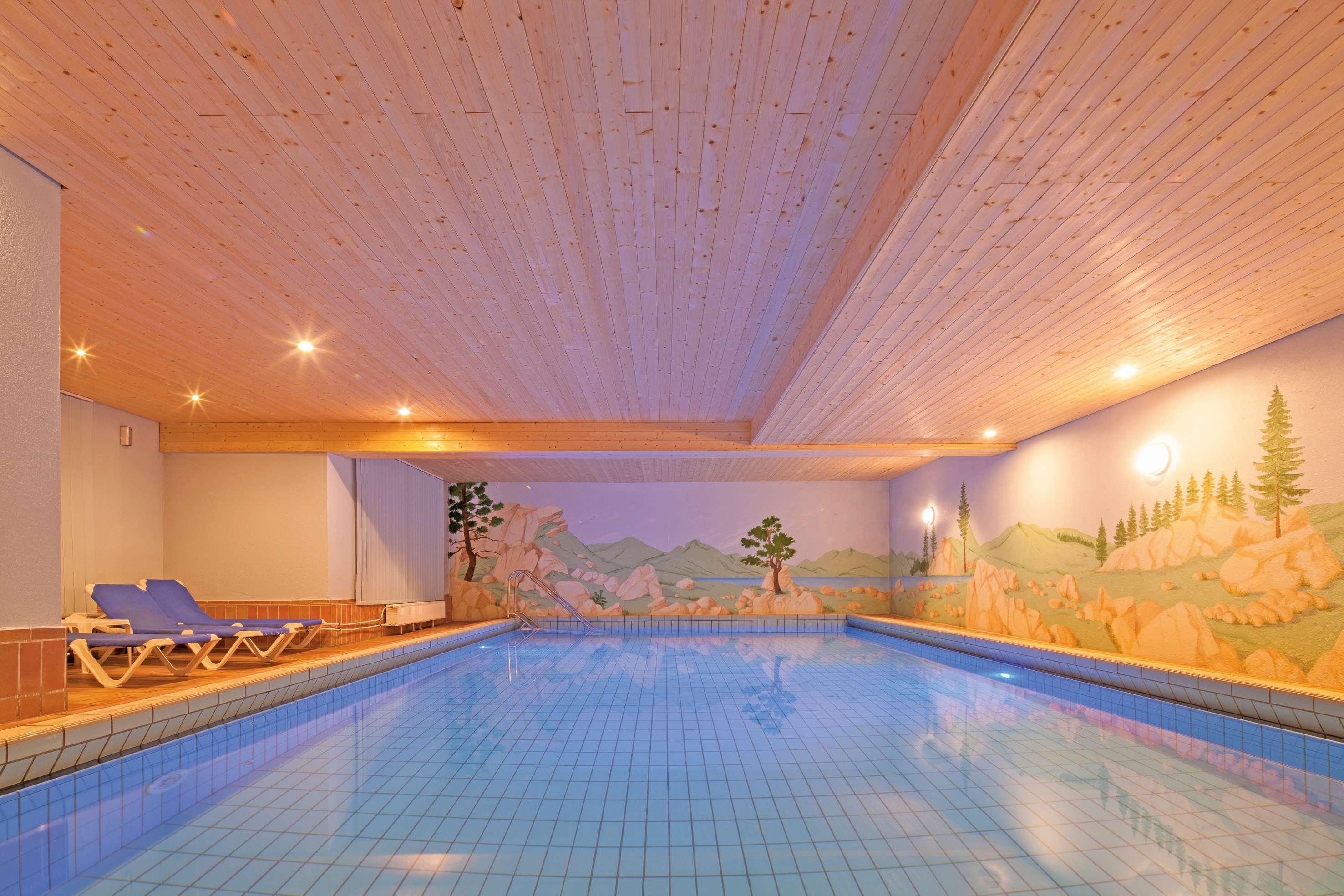 Best western plus hotel schwarzwald residenz triberg for Design hotel schwarzwald