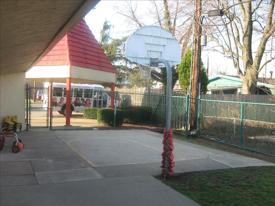 Burkhardt Road KinderCare image 10