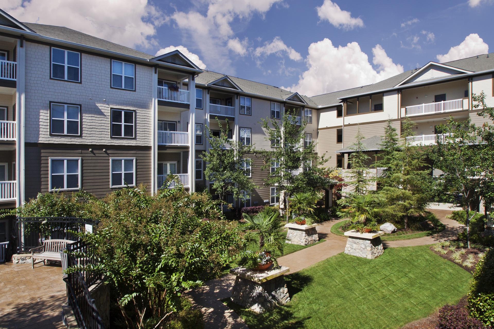 Camden Manor Park Apartments image 19