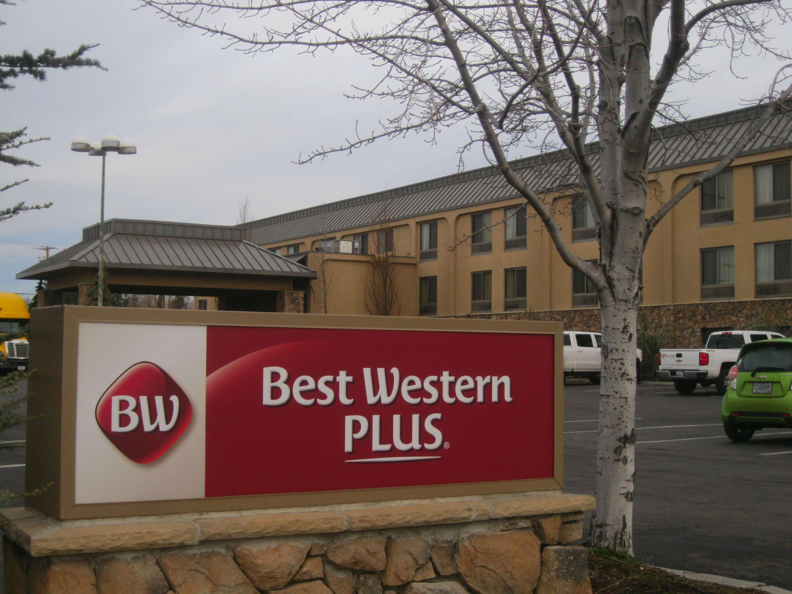 Best Western Plus Olympic Inn image 1