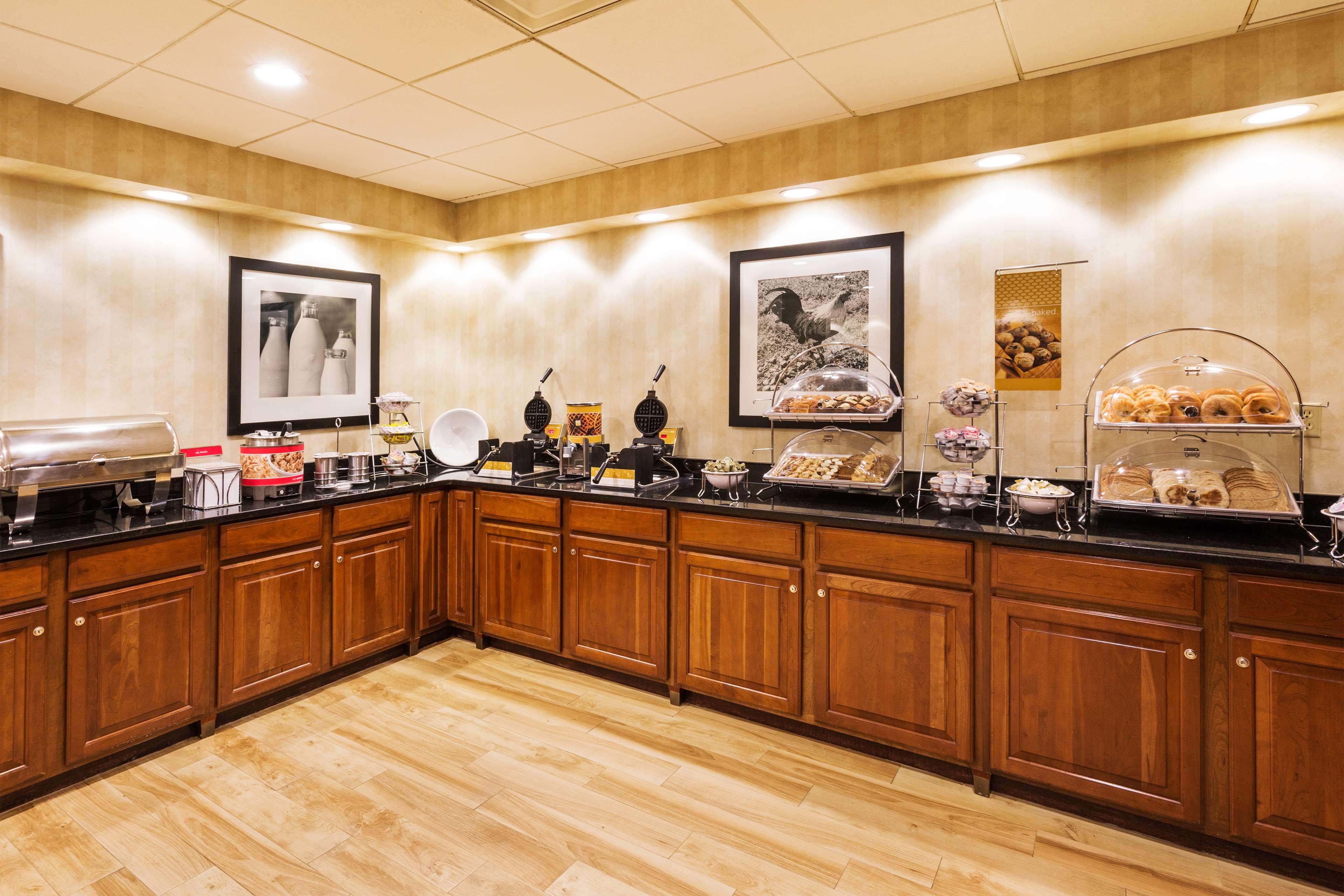 Hampton Inn & Suites Greenville/Spartanburg I-85 image 15