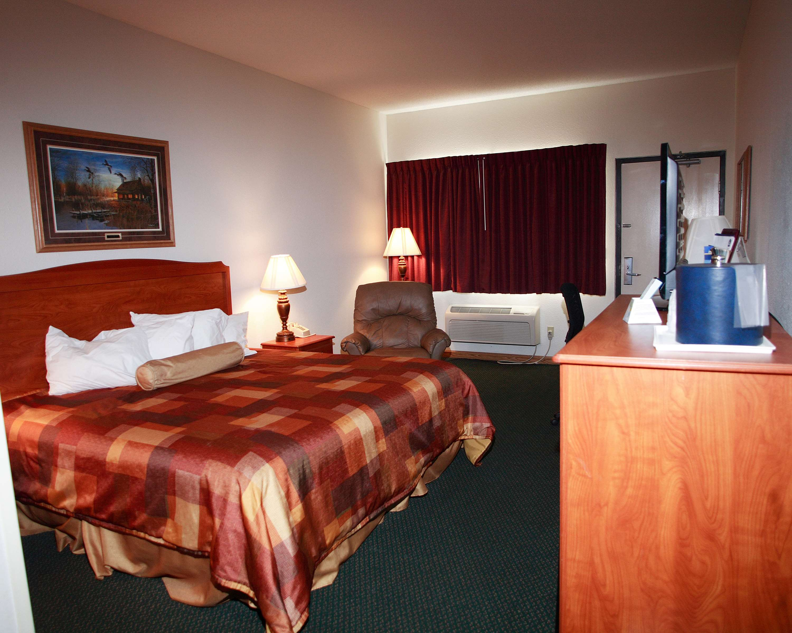 Best Western Of Huron image 8