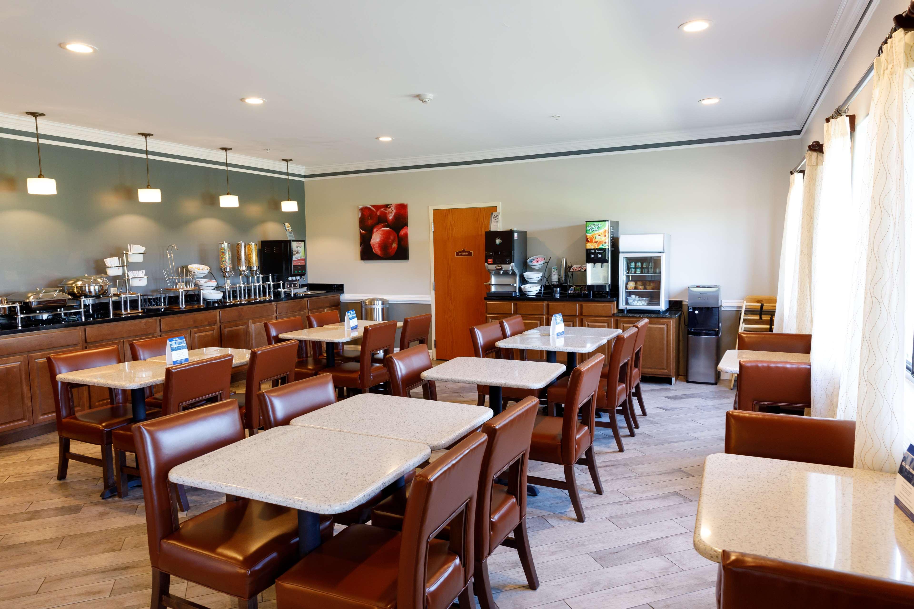 Best Western Denton Inn image 15