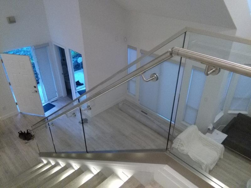 Island Glass & Mirror in Richmond: Modern Railing Glass