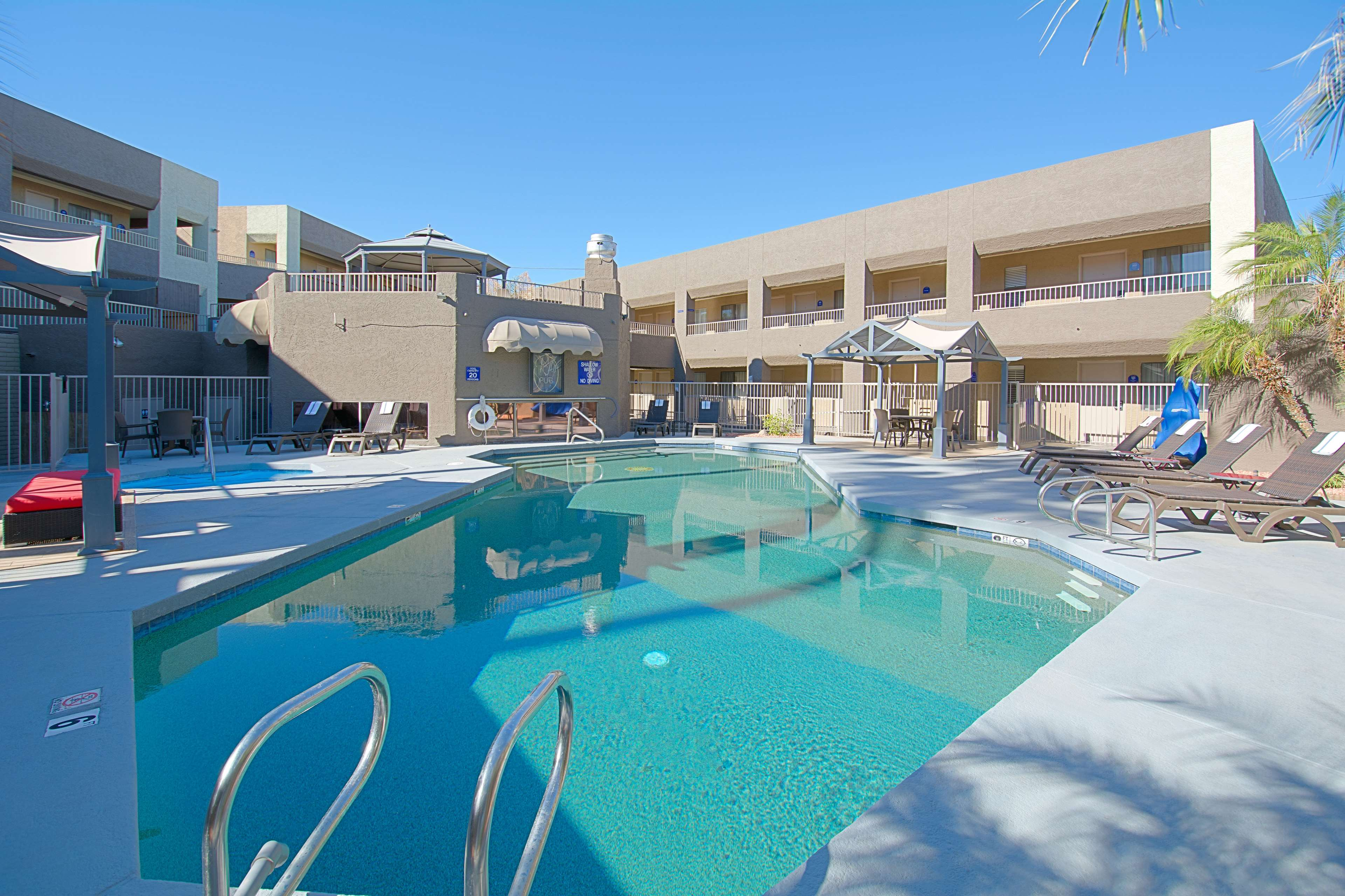 Best Western Innsuites Yuma Mall Hotel And Suites