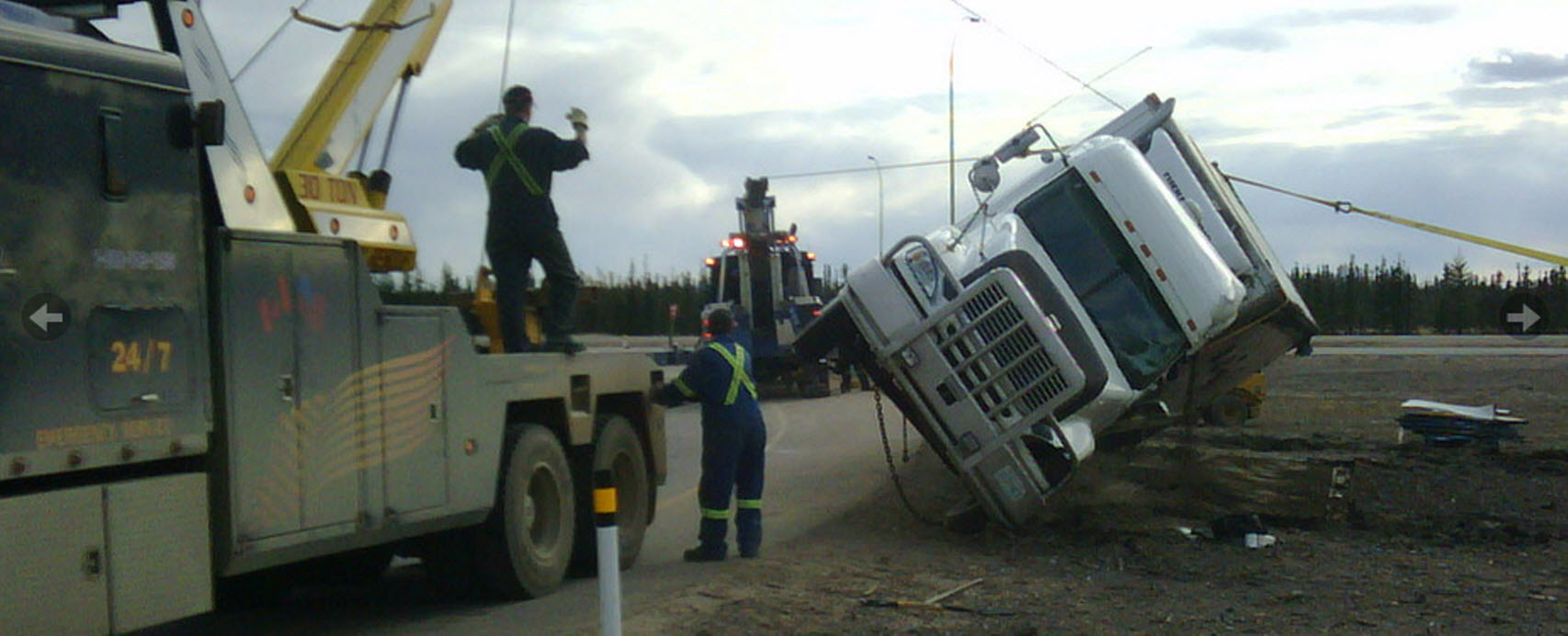 A-1 Equipment Hauling & Towing in Fort McMurray: Safety First for Heavy Equipment Recovery